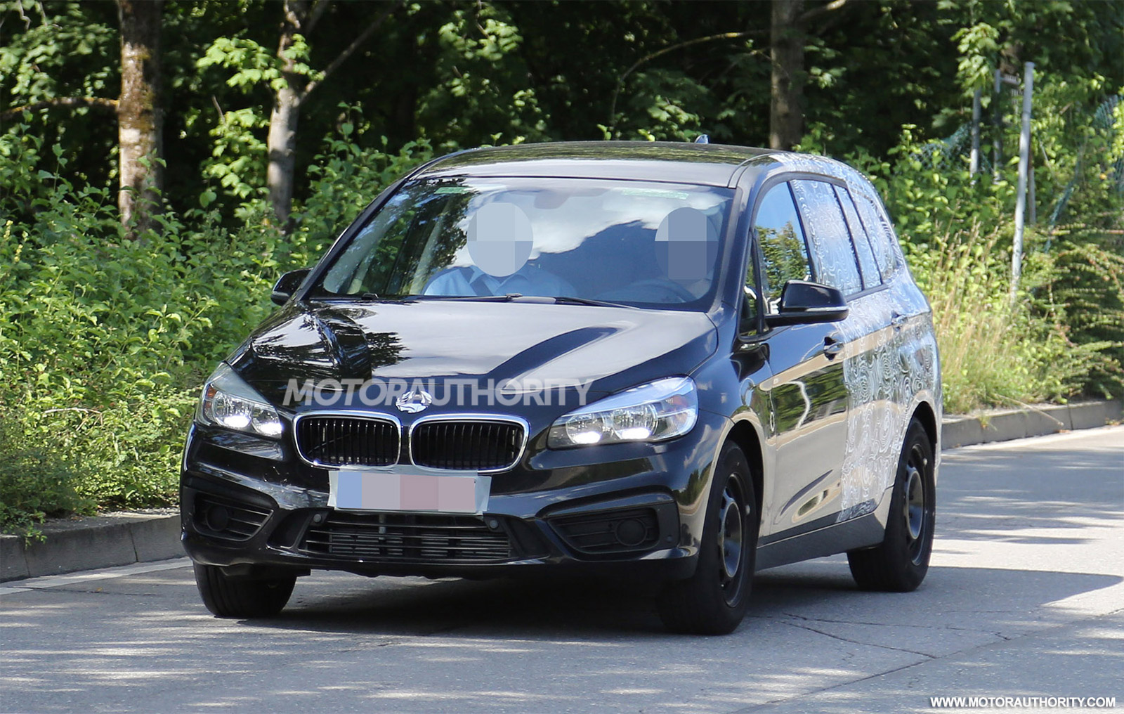 2016 bmw 2 series gran tourer seven seater spy shots. Black Bedroom Furniture Sets. Home Design Ideas