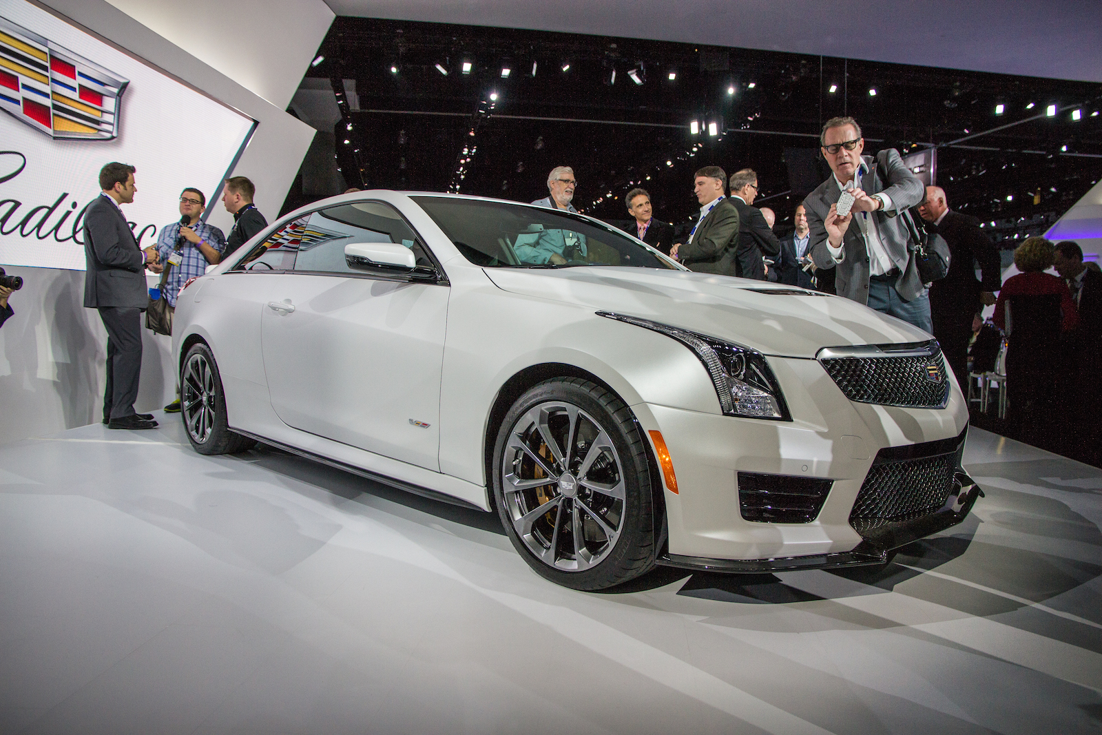2016 Cadillac Ats V And Ats V Coupe 455 Hp And 0 60 Mph In 3 9 Seconds