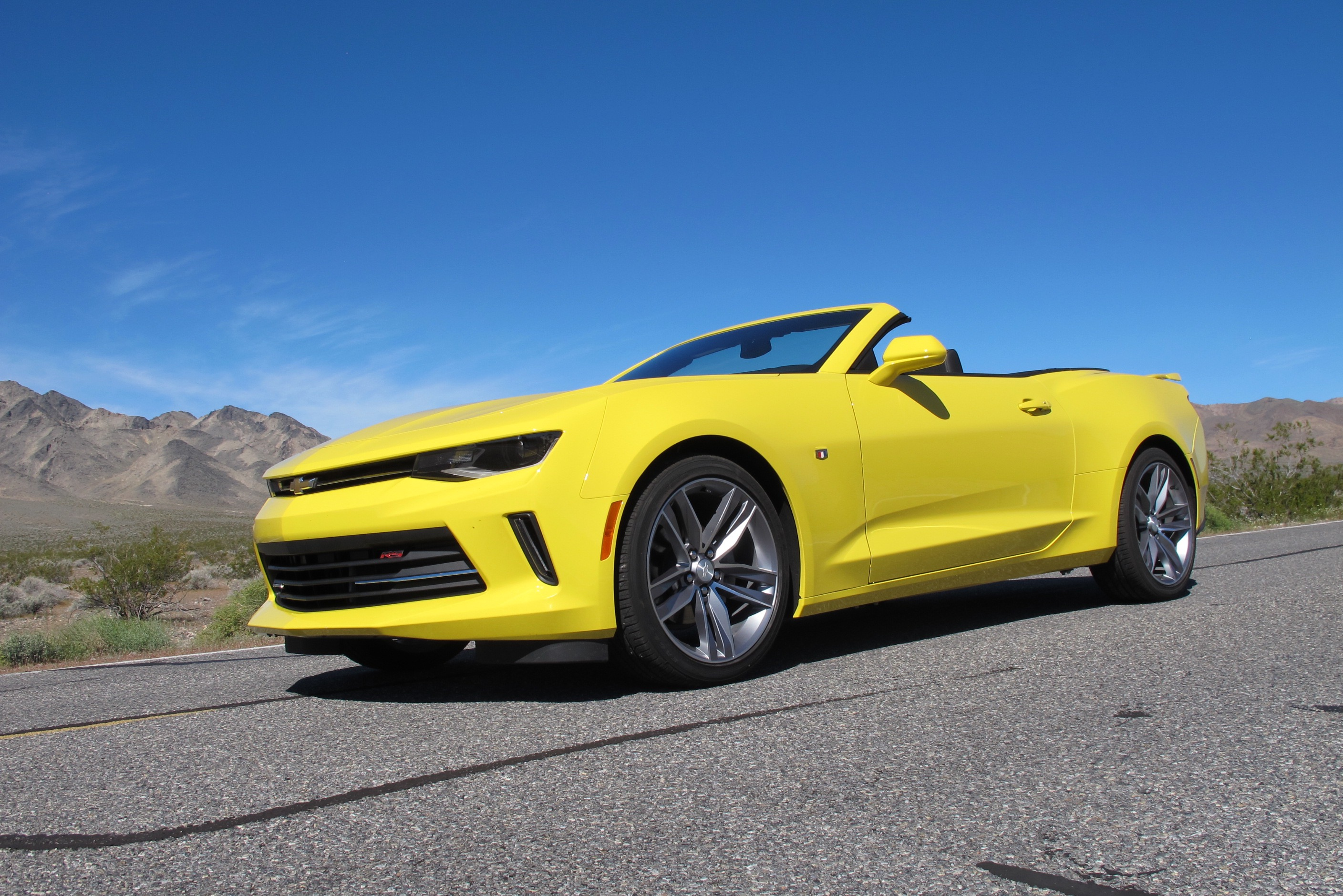 2016 Chevrolet Camaro Convertible and 4-cylinder first ...