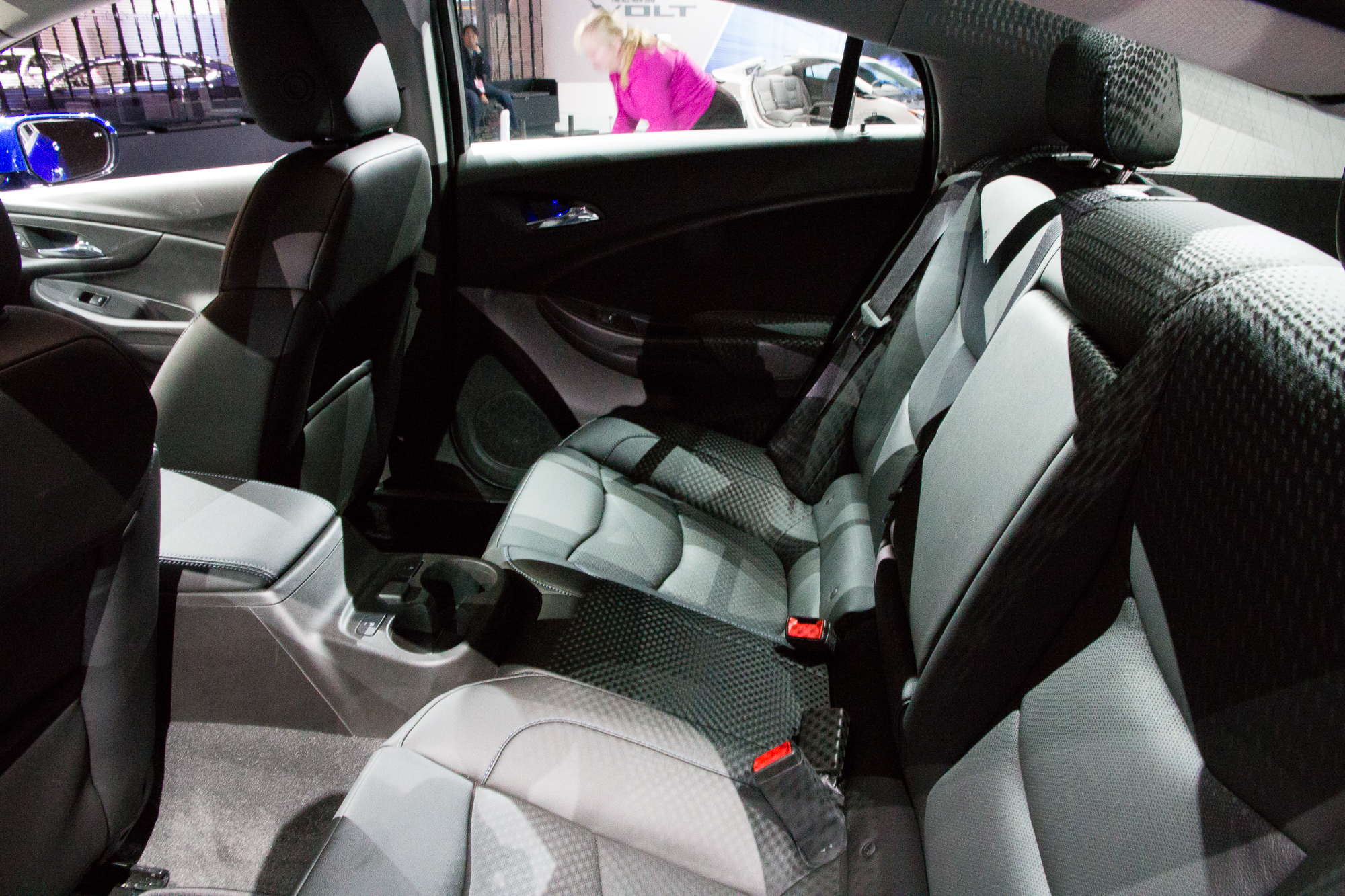 2016 Chevrolet Volt: Seats Five, But Not (Really) On A ...