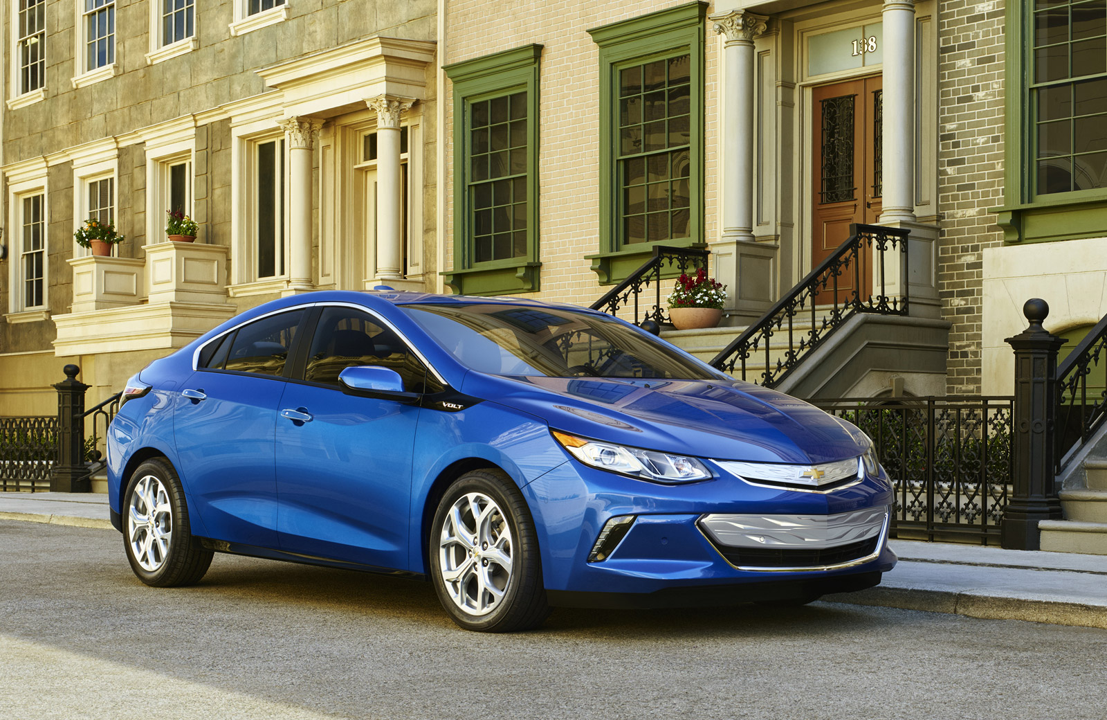 2016 Chevrolet Volt Order Guide: Options, Trim Levels...But No ...