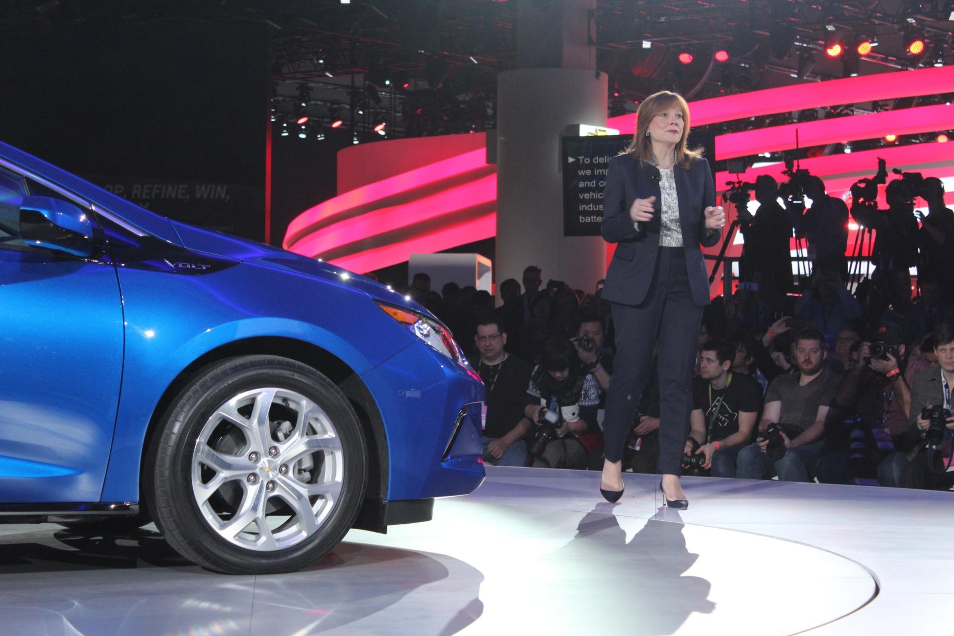 Chevy Bolt, 2016 Volt, New Sonata Hybrids, Honda Electric Car: The Week In Reverse (Video)