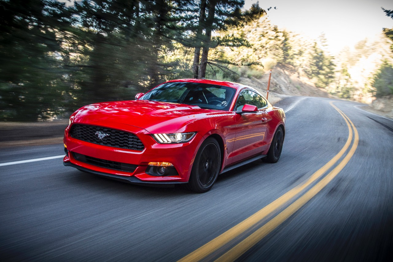 Fuel Efficient Four Cylinder Engine Key To 2016 Ford Mustang S Success