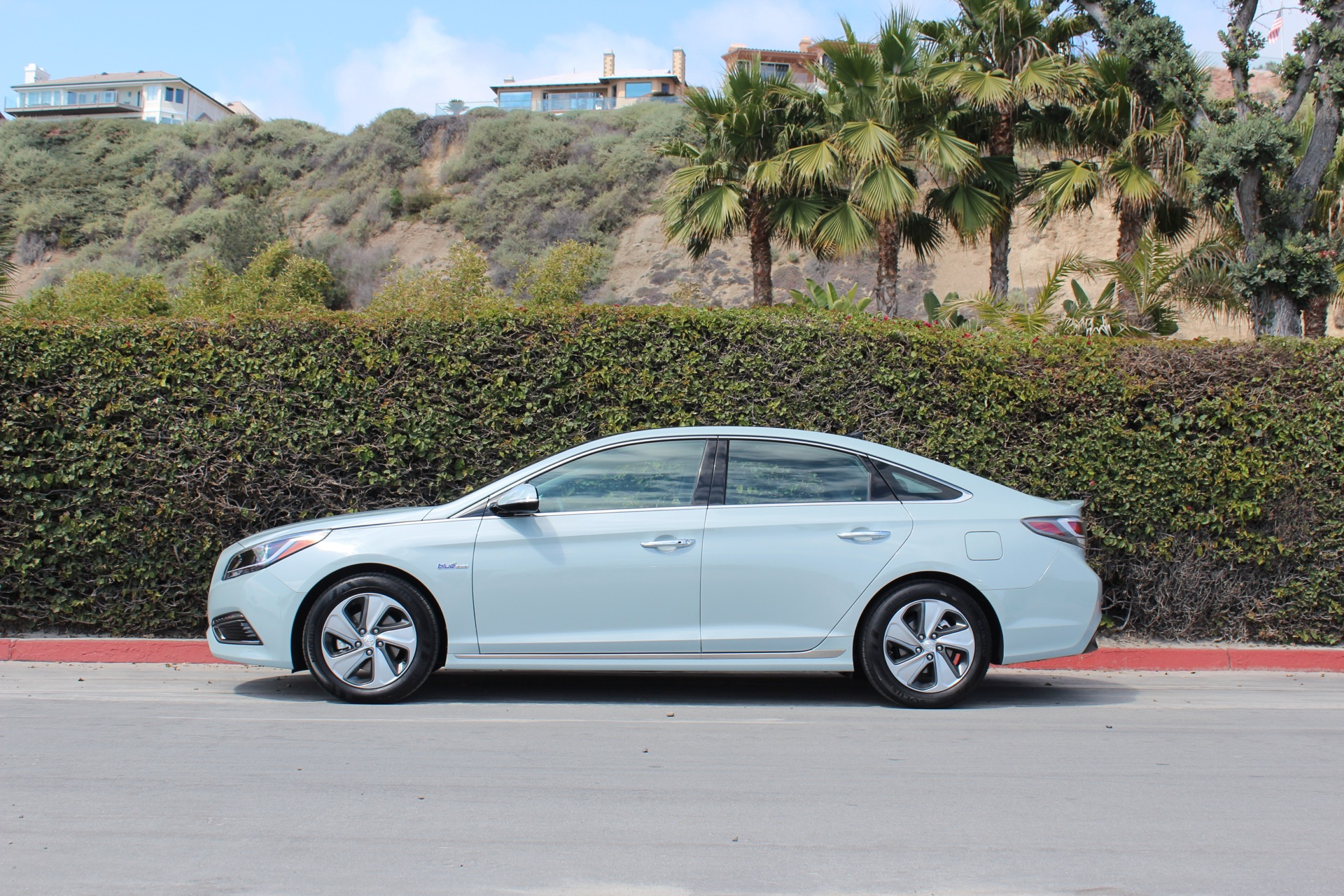 2016 hyundai sonata hybrid and plug in hybrid first drive page 4. Black Bedroom Furniture Sets. Home Design Ideas