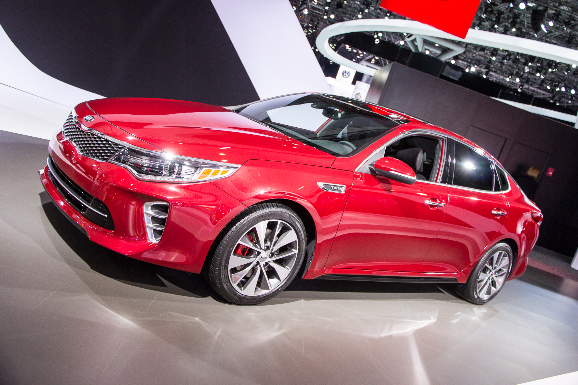 kia optima debuts at 2015 new york auto show live photos. Black Bedroom Furniture Sets. Home Design Ideas