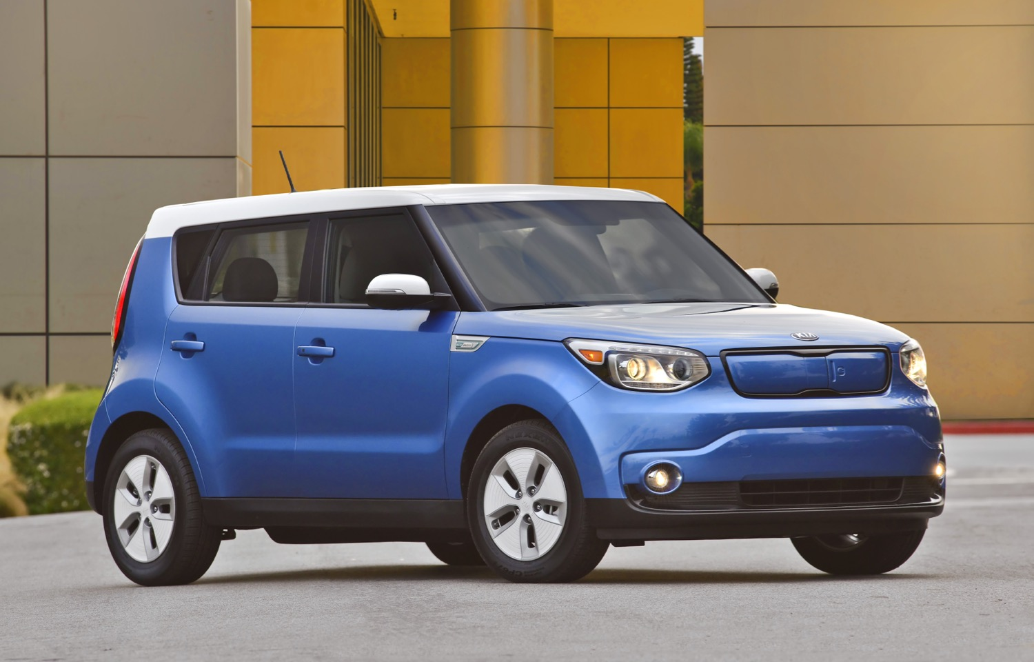 2018 kia soul ev to get range boost to keep pace report. Black Bedroom Furniture Sets. Home Design Ideas