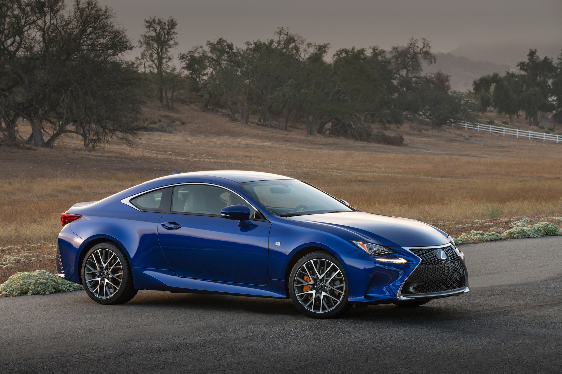 Lexus F Series >> 2016 Bmw 4 Series Vs 2016 Lexus Rc Compare Cars