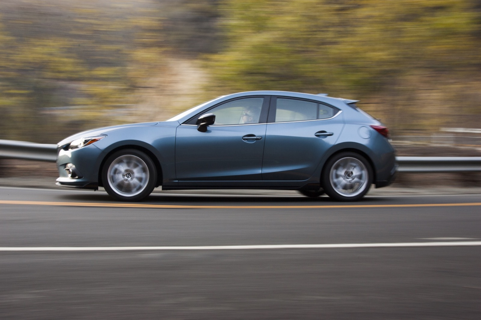 Volvo Of Dallas >> 2016 Mazda MAZDA3 Review, Ratings, Specs, Prices, and ...