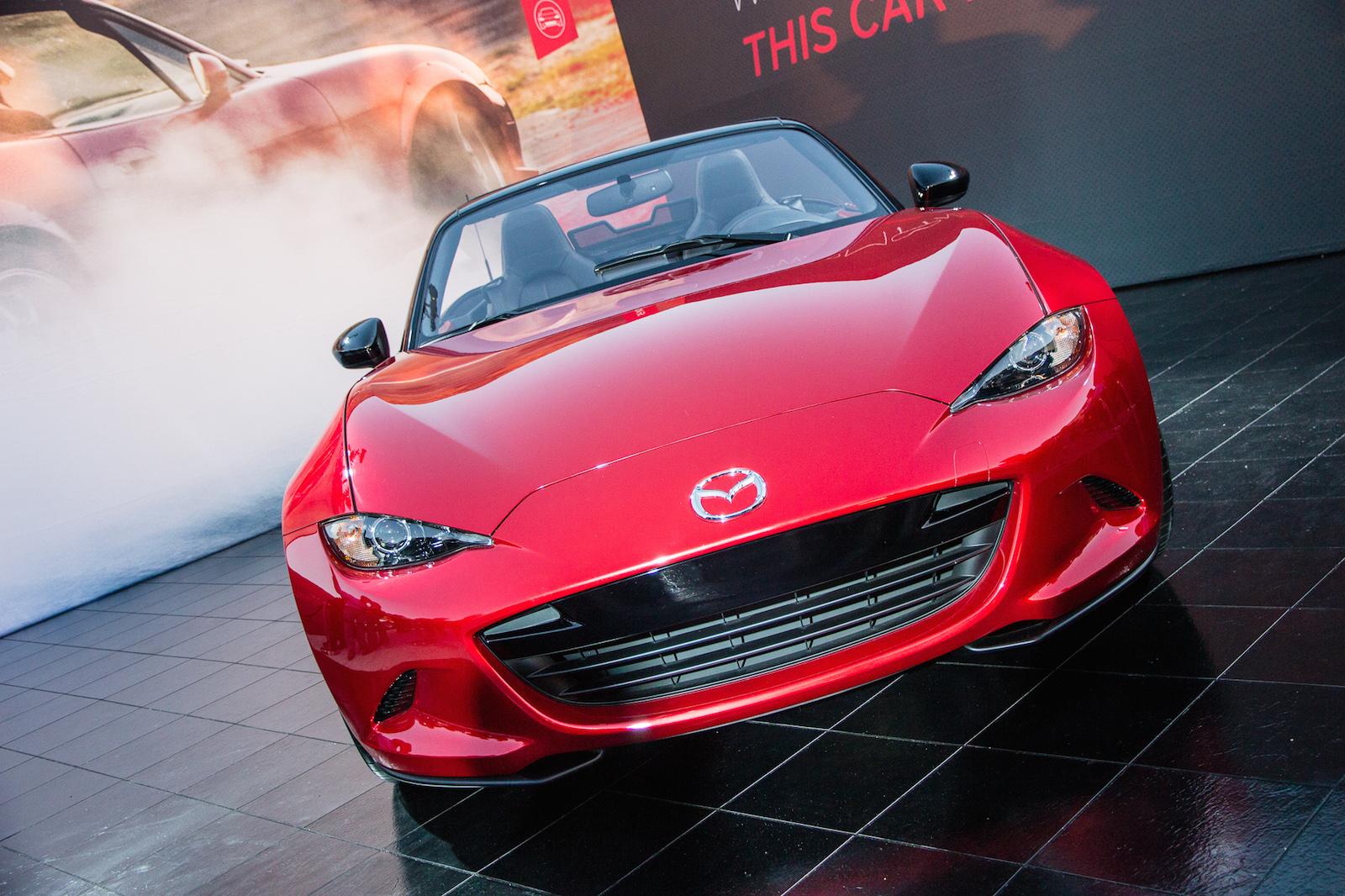 2016 Mazda Miata: Sexy New Roadster Highlights Low Sales