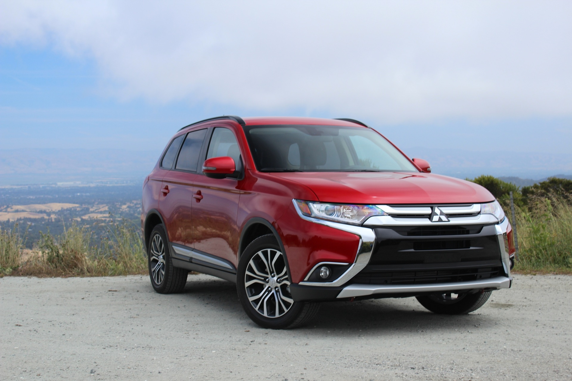 2016 mitsubishi outlander first drive. Black Bedroom Furniture Sets. Home Design Ideas