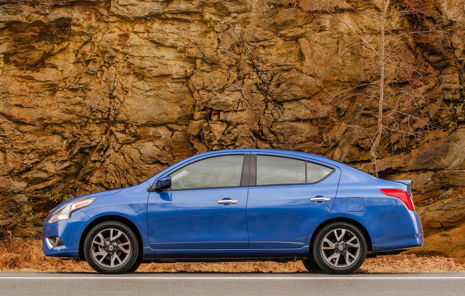 2016 Nissan Versa Review Ratings