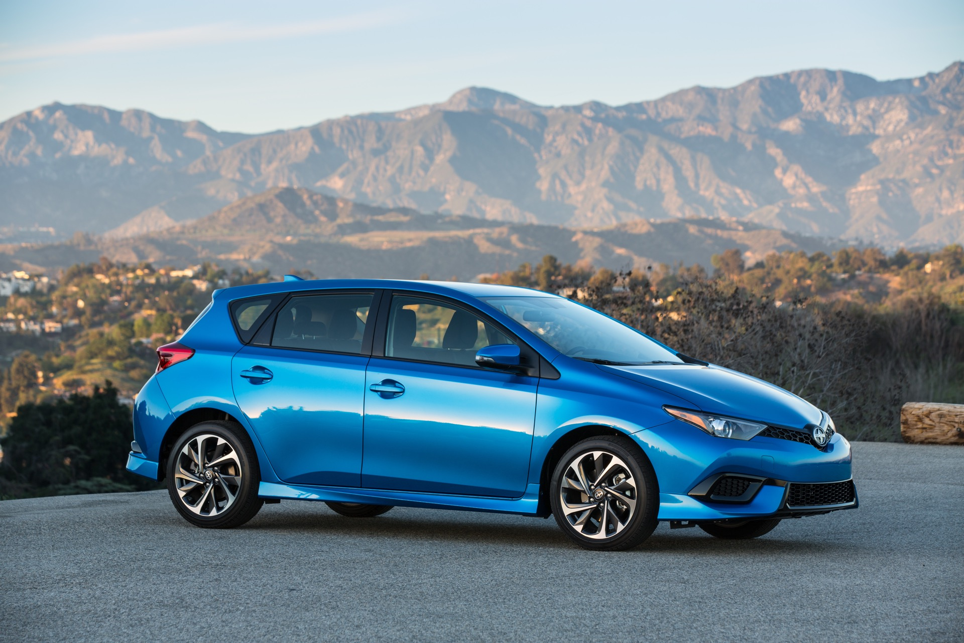 2016 Scion Im Review Ratings Specs Prices And Photos The Car Connection