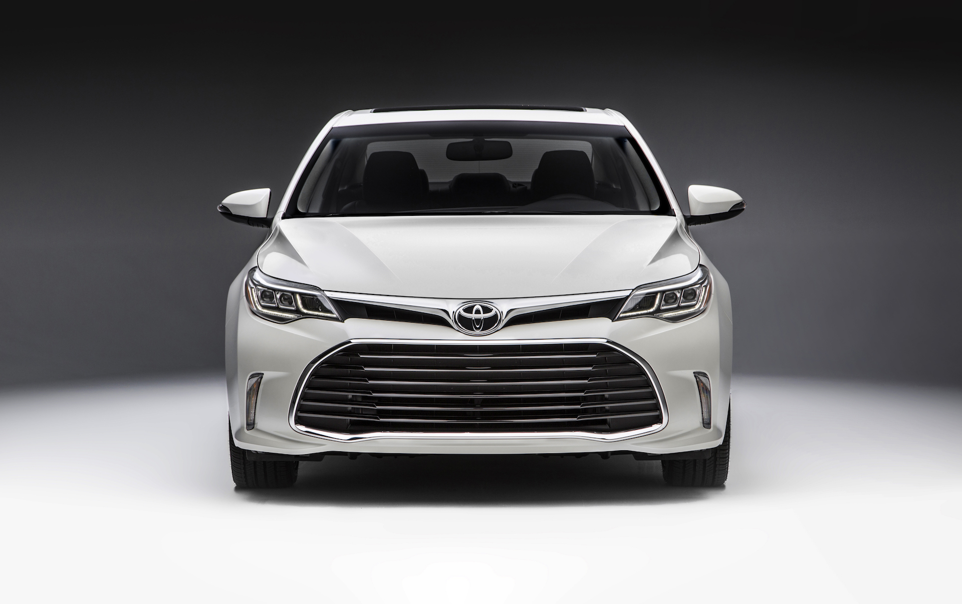 price xle photo features sedan reviews hybrid photos plus avalon toyota