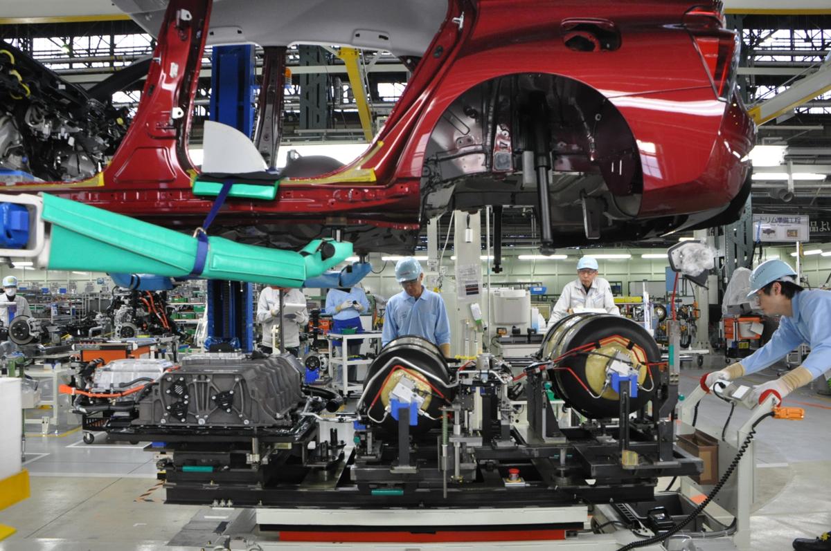 Tesla 'Best Overall' Vehicle, 2016 Toyota Mirai Factory, Georgia Electric-Car Tax Credit Threat: Today's Car News