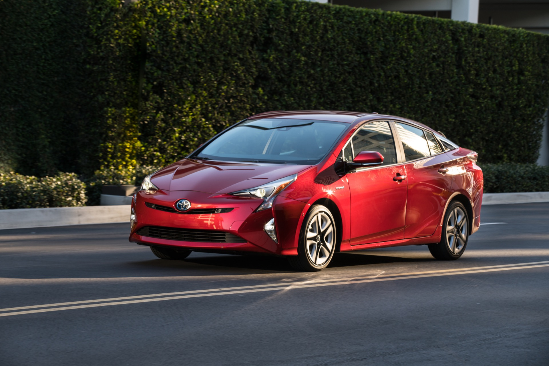 2016 Toyota Prius Review Ratings Specs Prices And Photos The