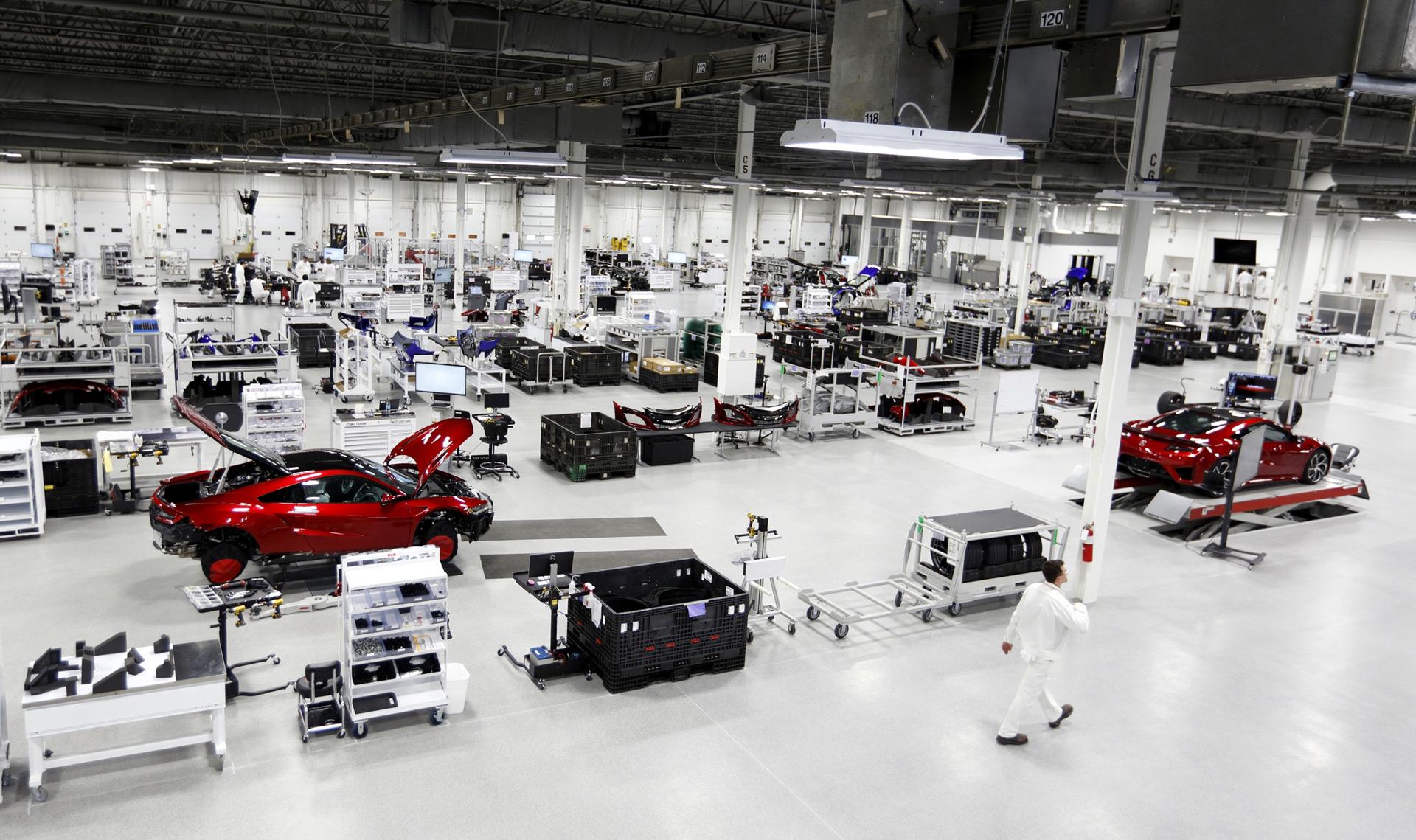 Acura NSX Buyers Can Watch Their Car Being Built - Honda center car show