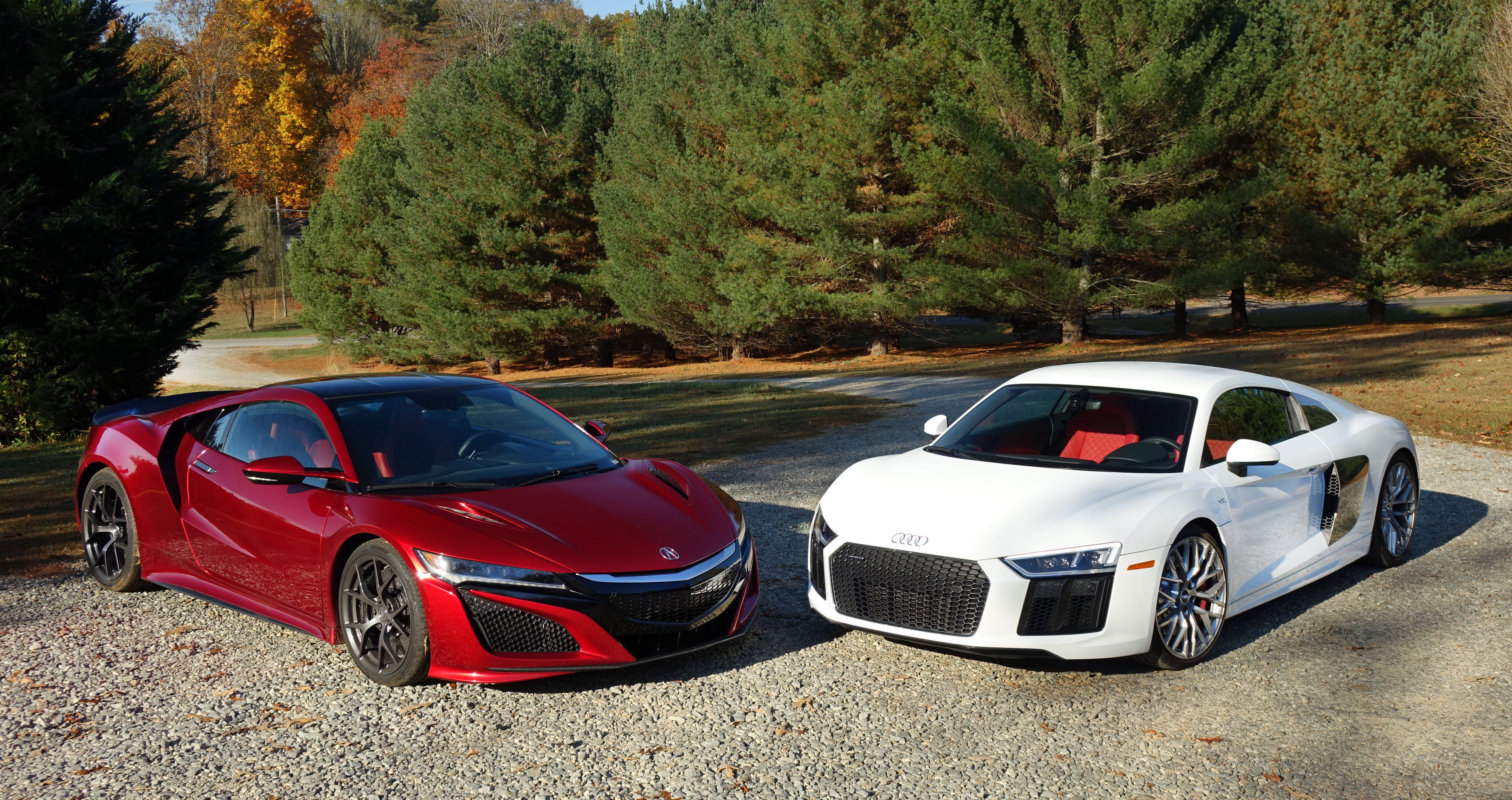 acura nsx vs audi r8 we compare tech versus higher tech. Black Bedroom Furniture Sets. Home Design Ideas