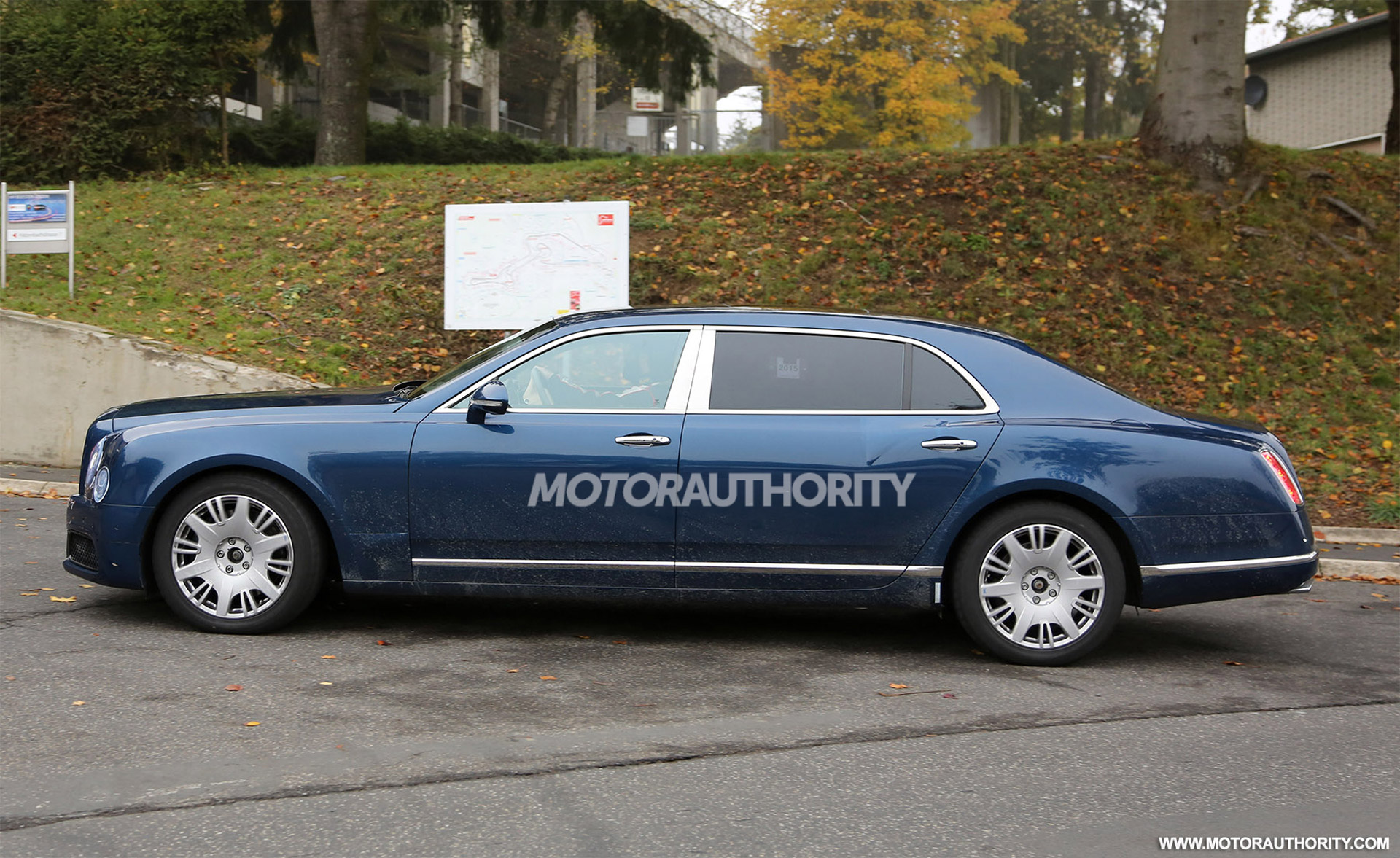 2017 Bentley Mulsanne Long Wheelbase Spy Shots