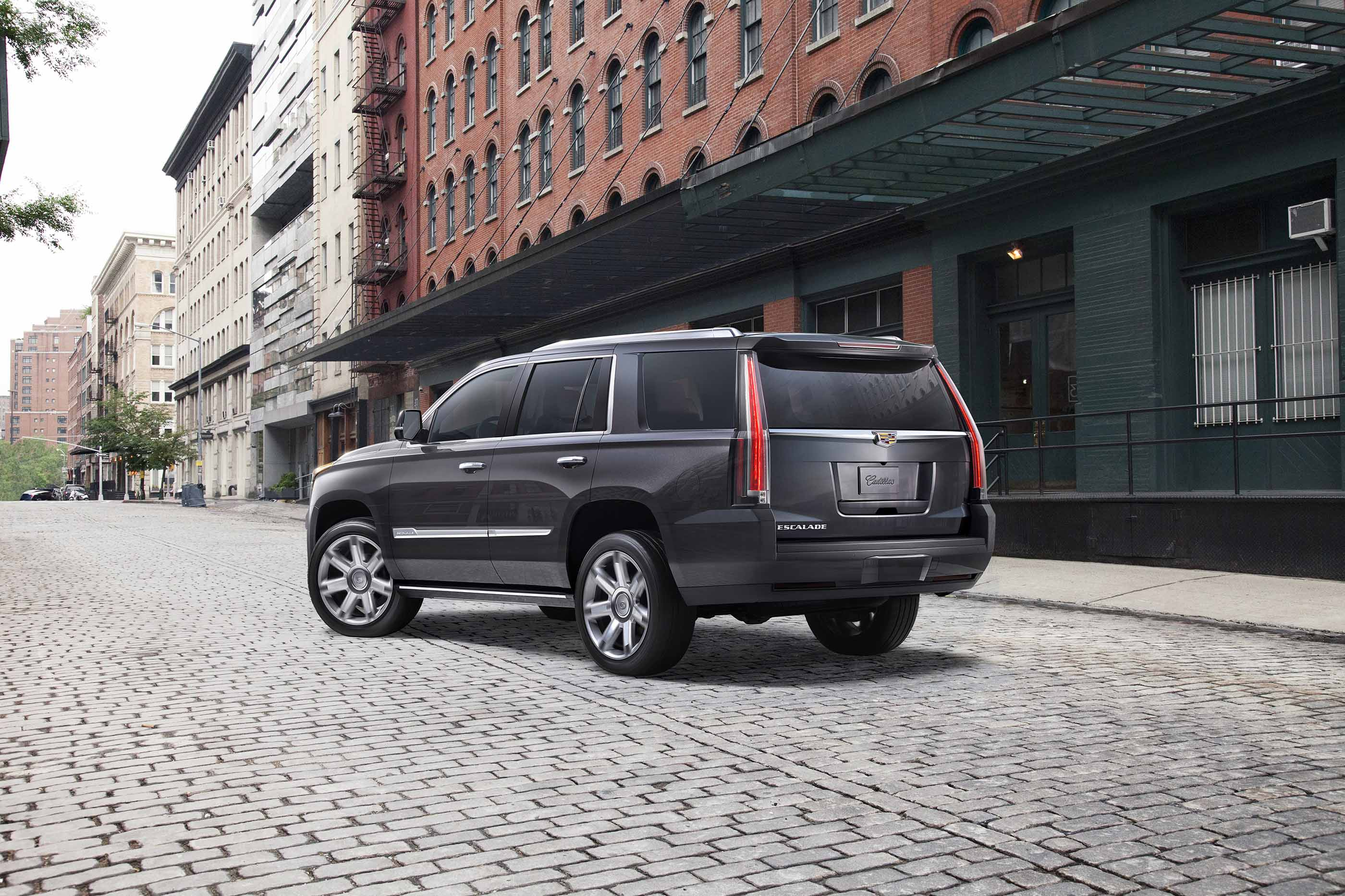 2017 cadillac escalade review ratings specs prices and photos the car connection. Black Bedroom Furniture Sets. Home Design Ideas
