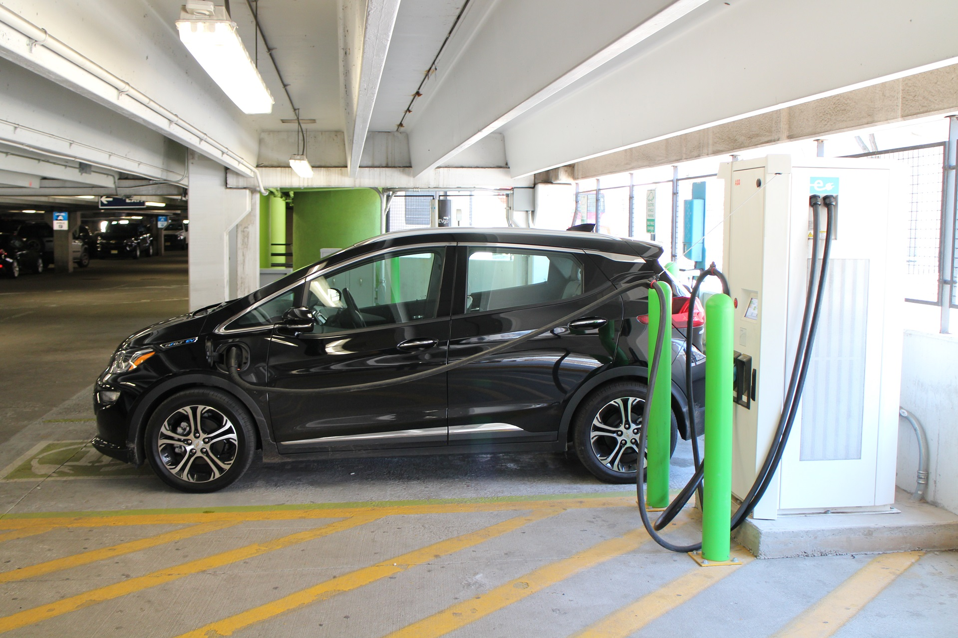 Ev Charging Stations >> Car buyers have no idea electric-car charging stations even exist