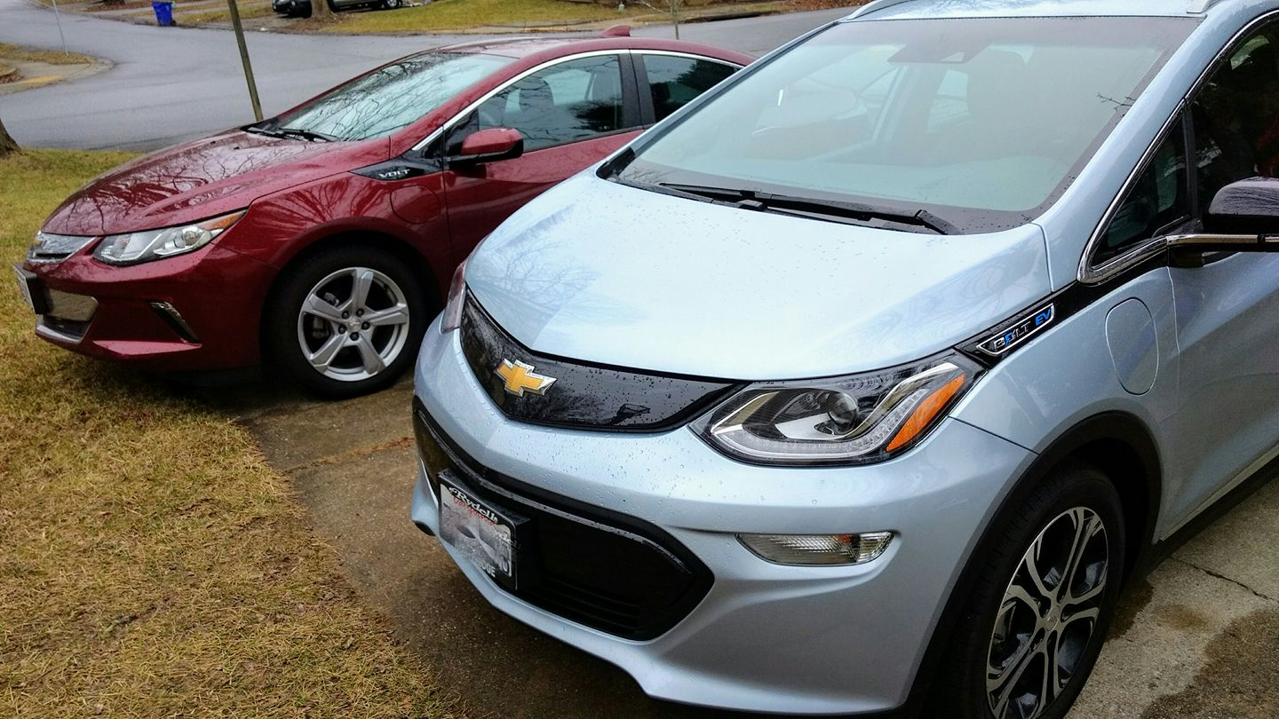 another chevy bolt ev electric car owner weighs in on pros and cons. Black Bedroom Furniture Sets. Home Design Ideas