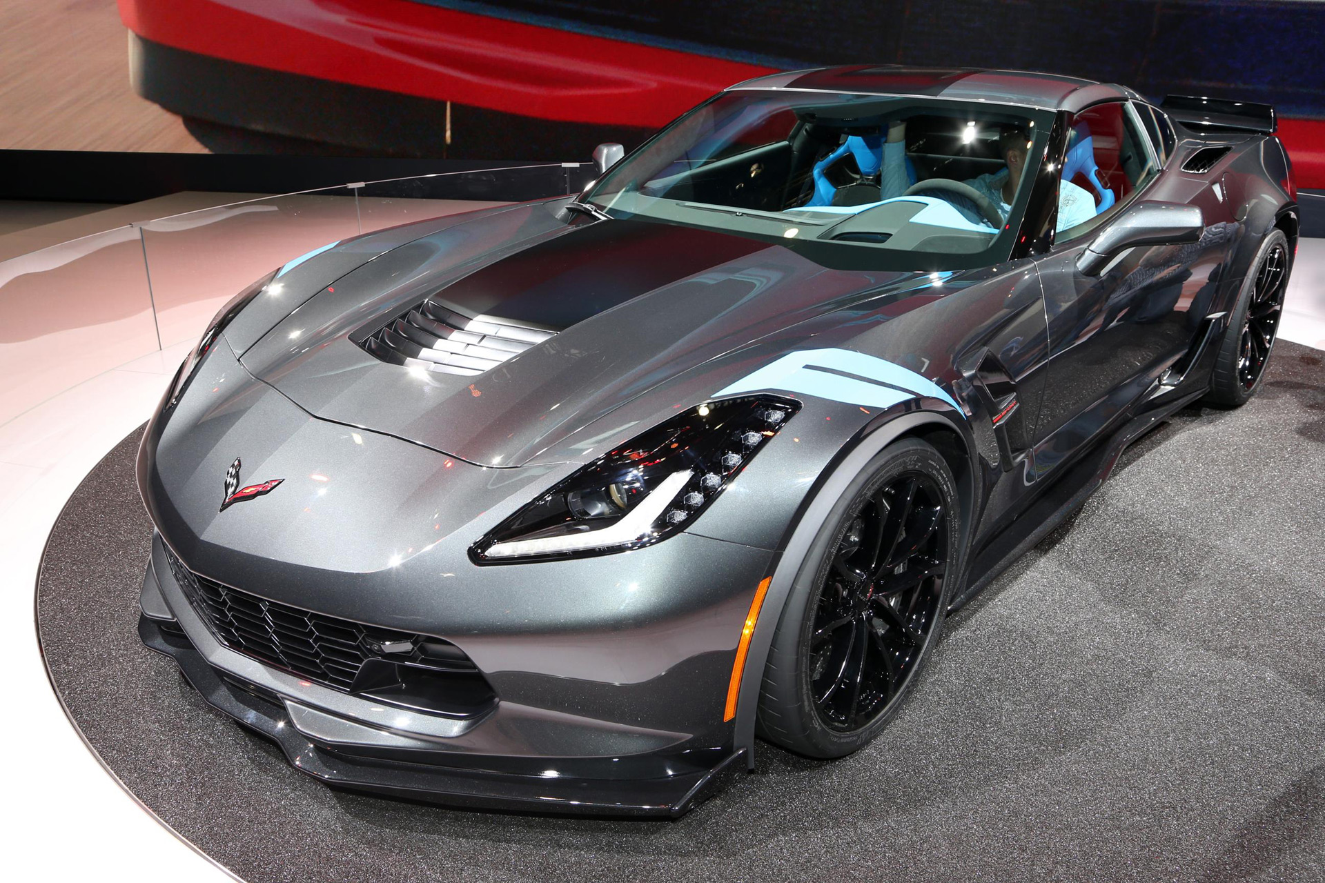 2017 chevy corvette grand sport debuts at geneva motor show live photos. Black Bedroom Furniture Sets. Home Design Ideas