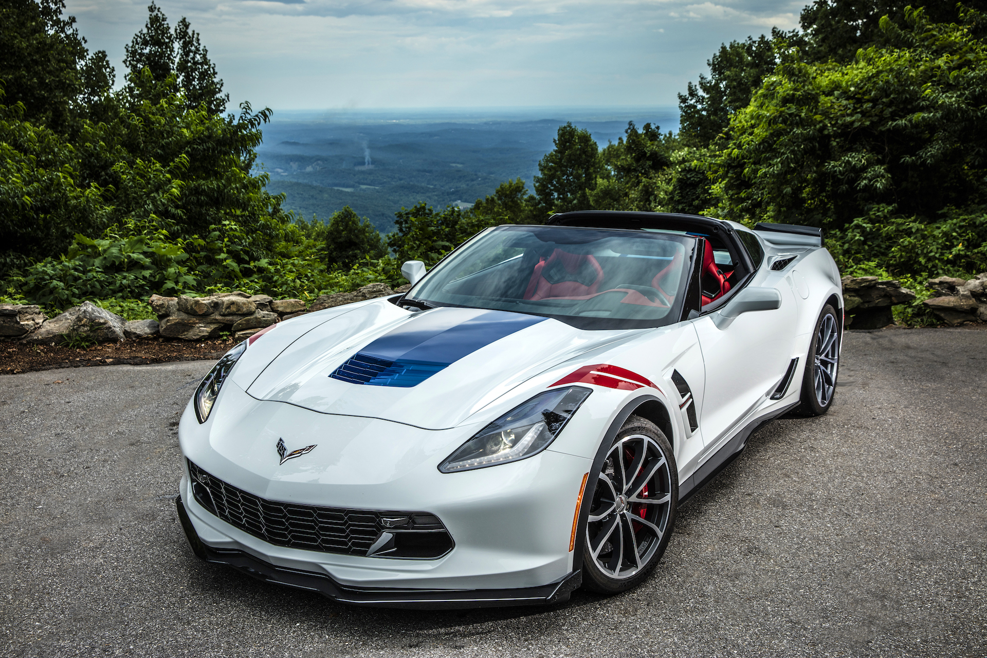 Shopping For A New Corvette Here S Why You Should Get The