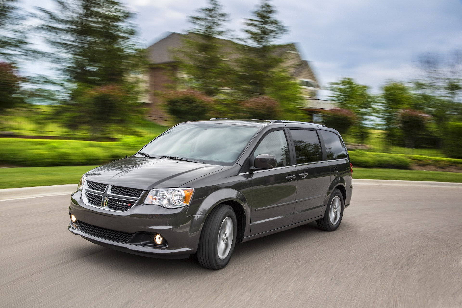2017 Dodge Grand Caravan Review Ratings Specs Prices And Photos The Car Connection