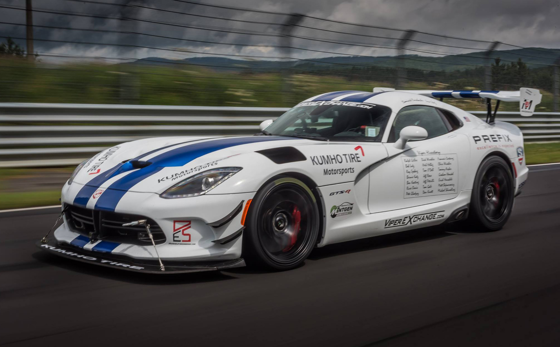 Dodge Viper ACR prepares for N rburgring