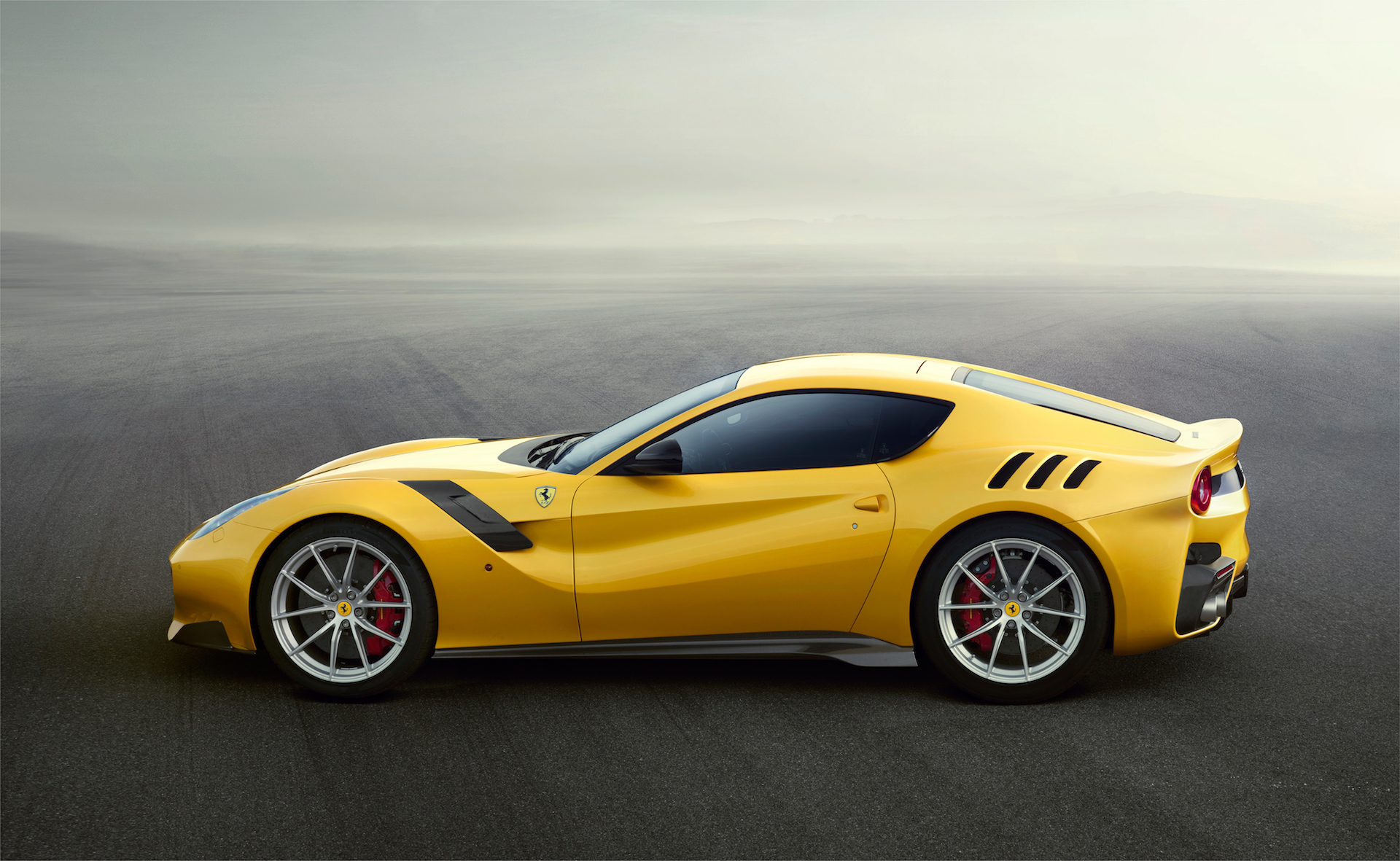 2017 Ferrari F12 Berlinetta Review, Ratings, Specs, Prices