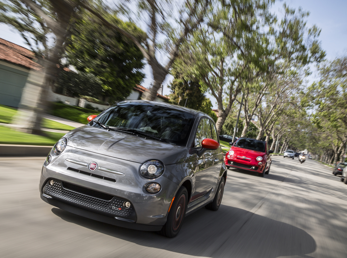 ca dealer offers fiat 500e electric car at 49 a month 0. Black Bedroom Furniture Sets. Home Design Ideas