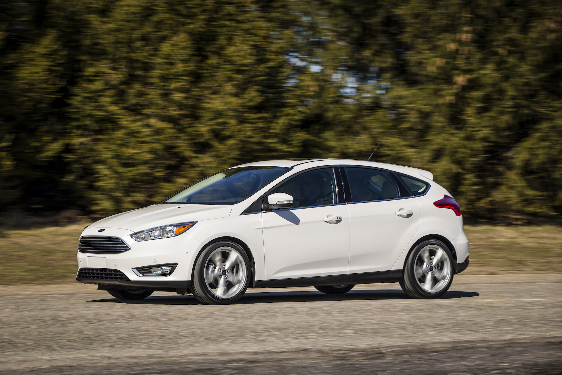 Three-cylinder powered Ford Focus recalled for clutch slip and transmission fluid leak