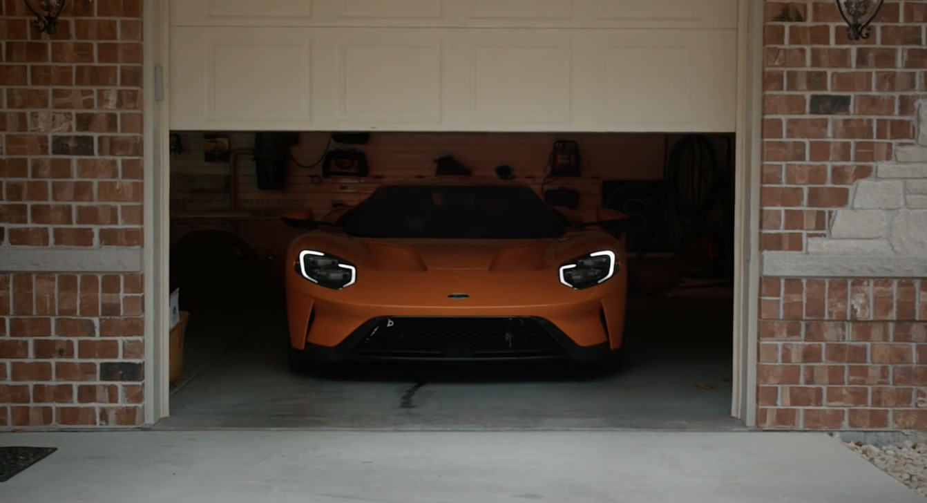 Owner Posts A Review Of The  Ford Gt