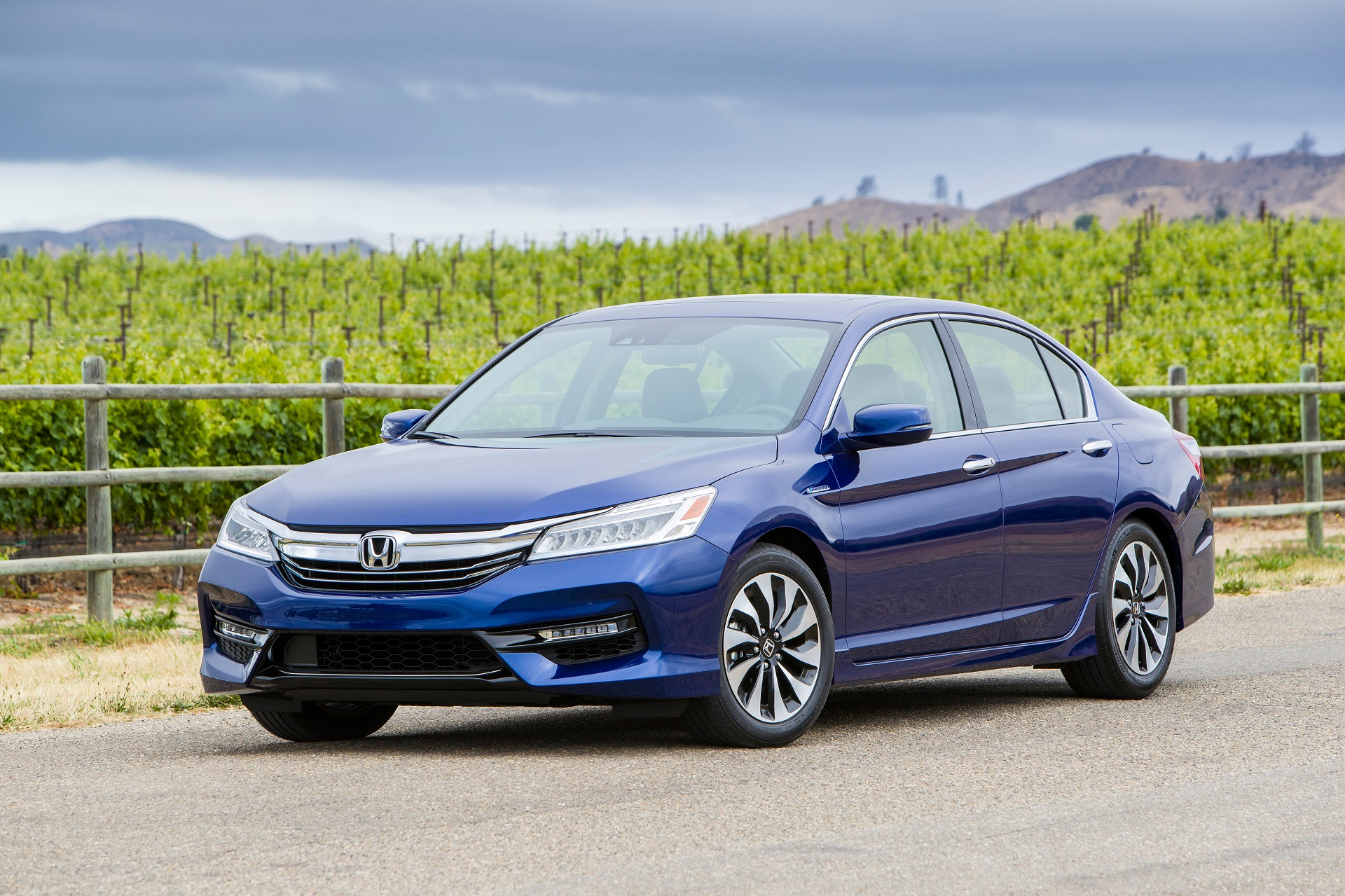 Explaining how Honda Accord Hybrid system works: videoGreen Car Reports
