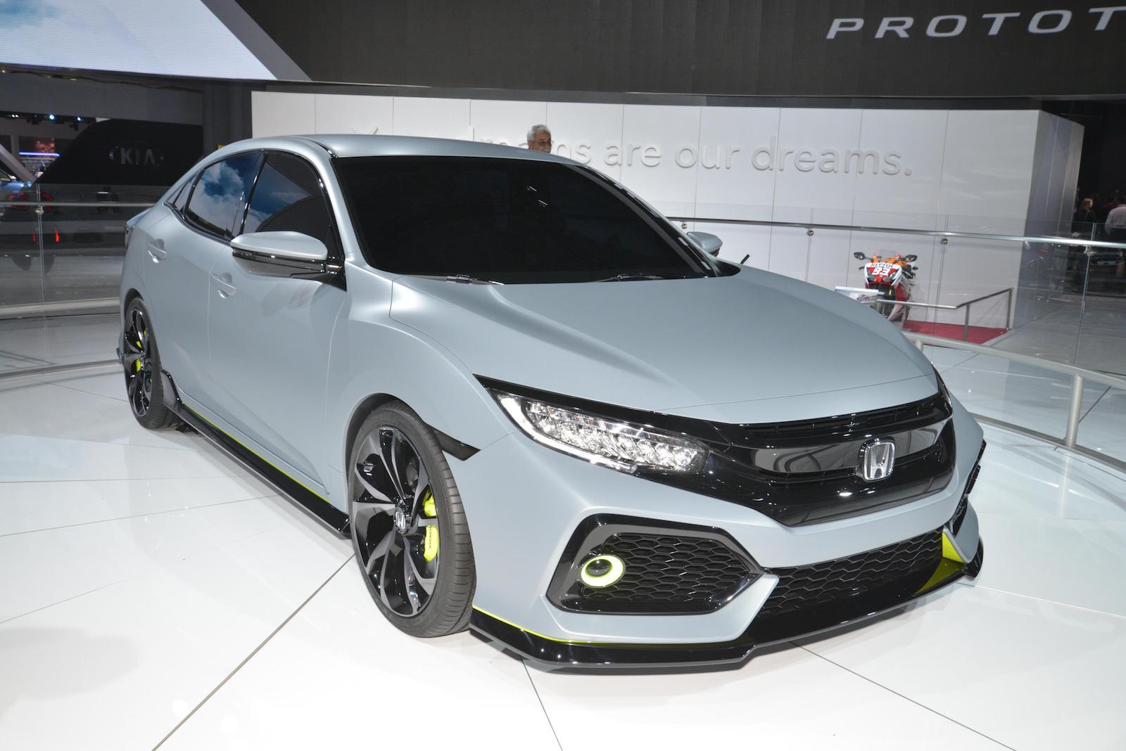 2017 Honda Civic Hatchback To Offer Turbo Engine 6 Speed Manual