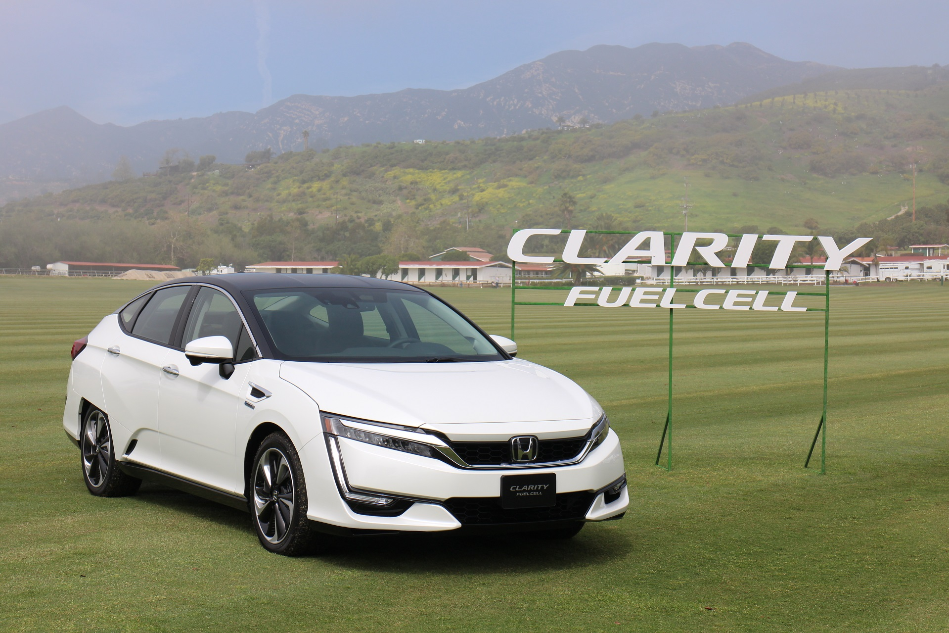 2017 Honda Clarity Fuel Cell First Drive Of Hydrogen