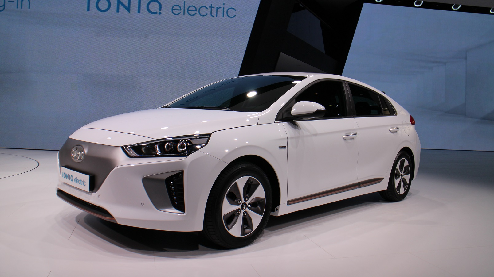 Hyundai Ioniq Electric Car Offered On Ioniq Unlimited