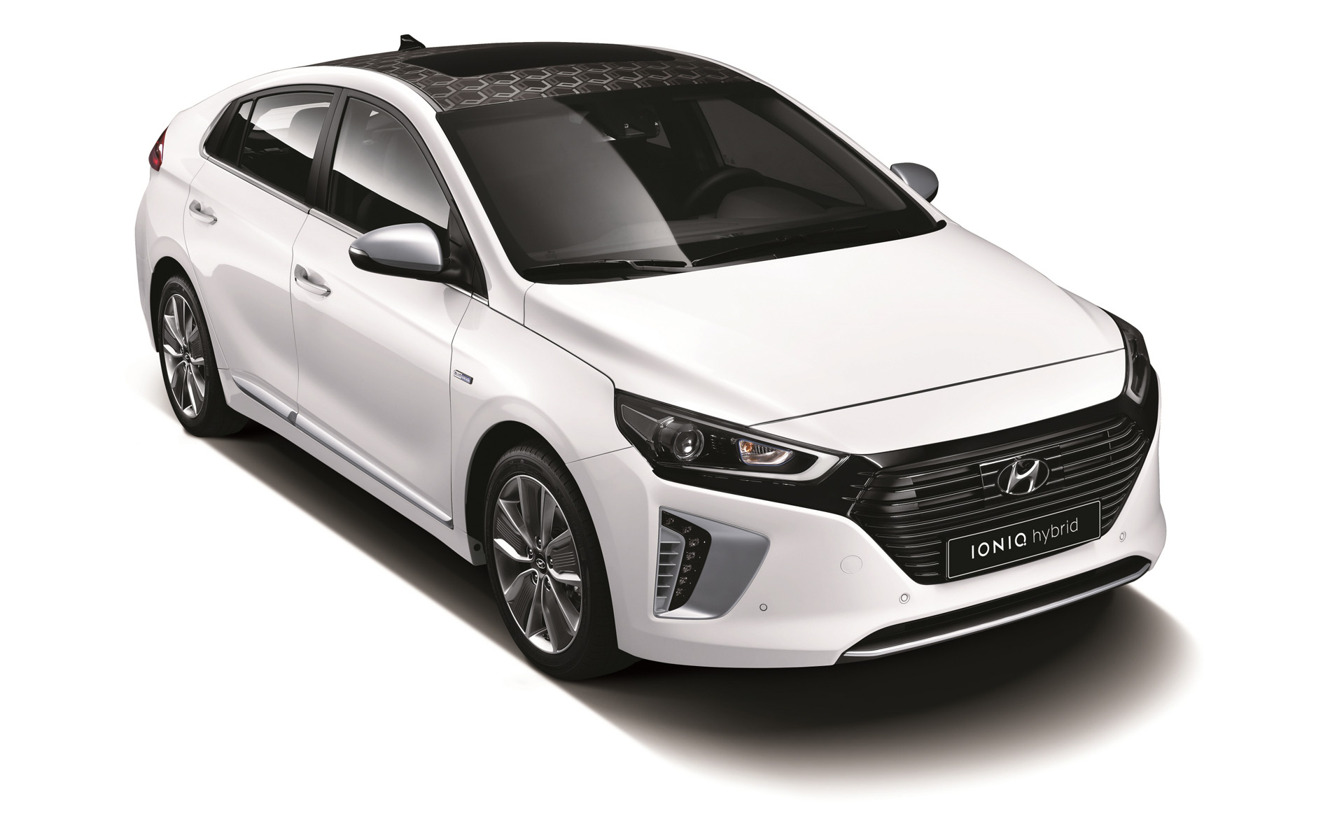 hyundai ioniq hybrid electric models to be sold in 50 states. Black Bedroom Furniture Sets. Home Design Ideas