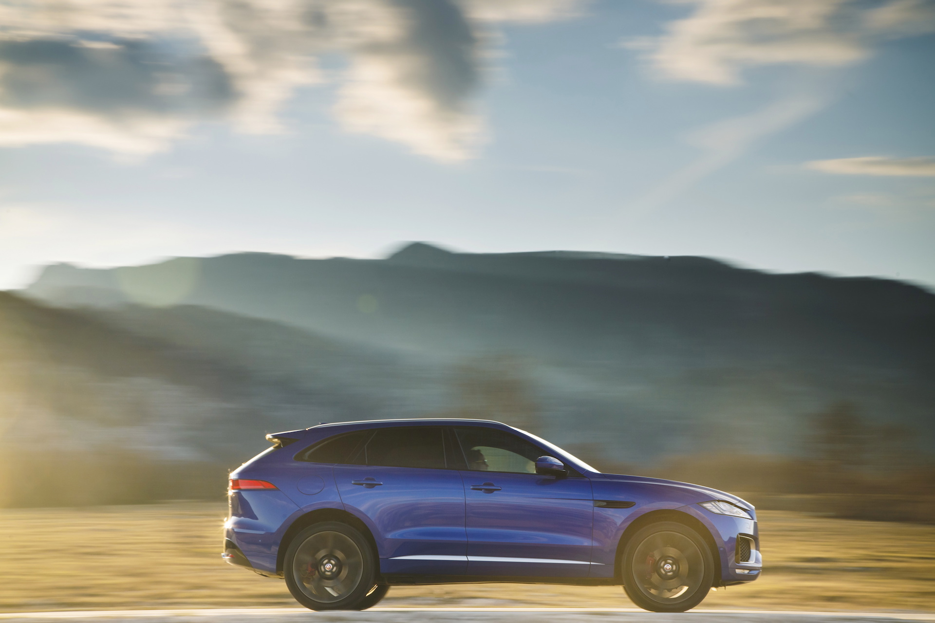 2017 Jaguar F Pace Review Ratings Specs Prices And Photos