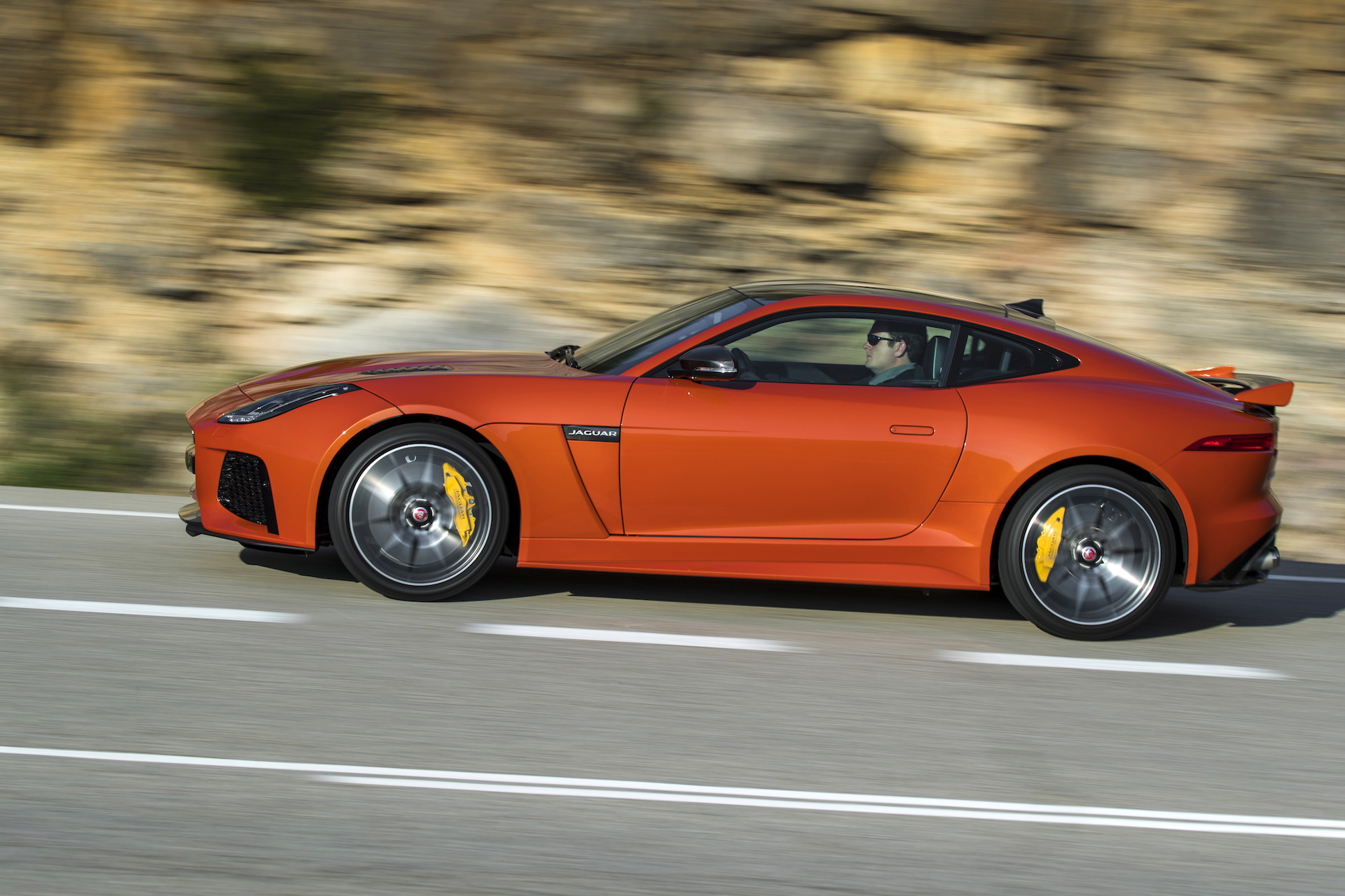 2017 Jaguar F Type Svr 24 Hours Of Le Mans Transformers 5 S Barricade The Week In Reverse