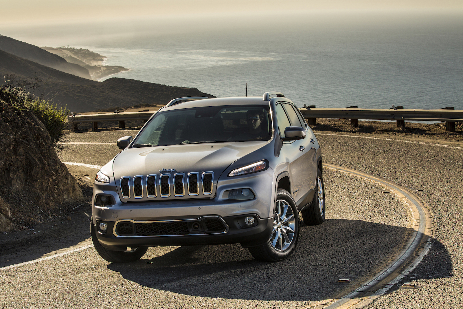 2017 jeep cherokee review ratings specs prices and photos the car connection. Black Bedroom Furniture Sets. Home Design Ideas