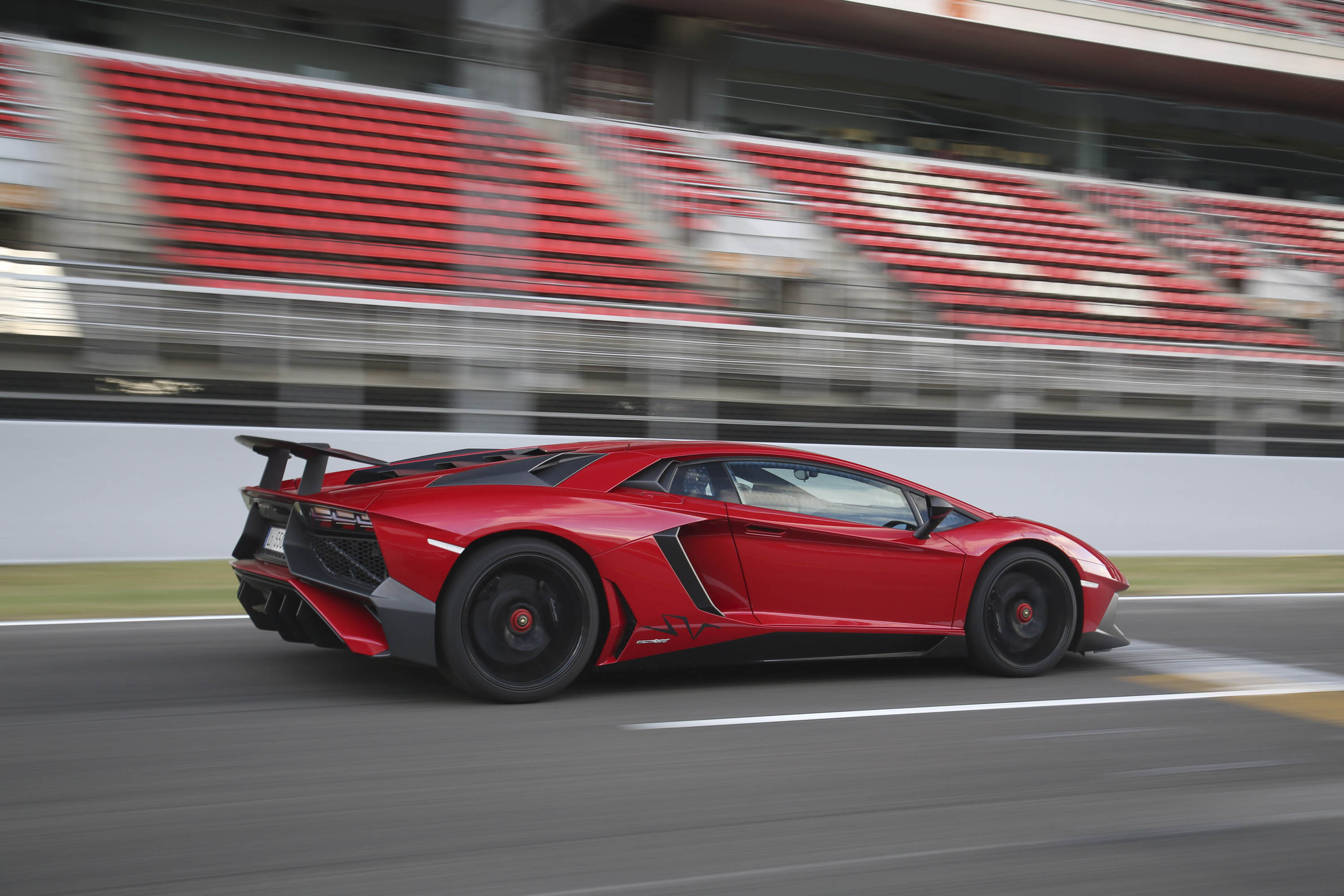 2017 Lamborghini Aventador Review Ratings Specs Prices