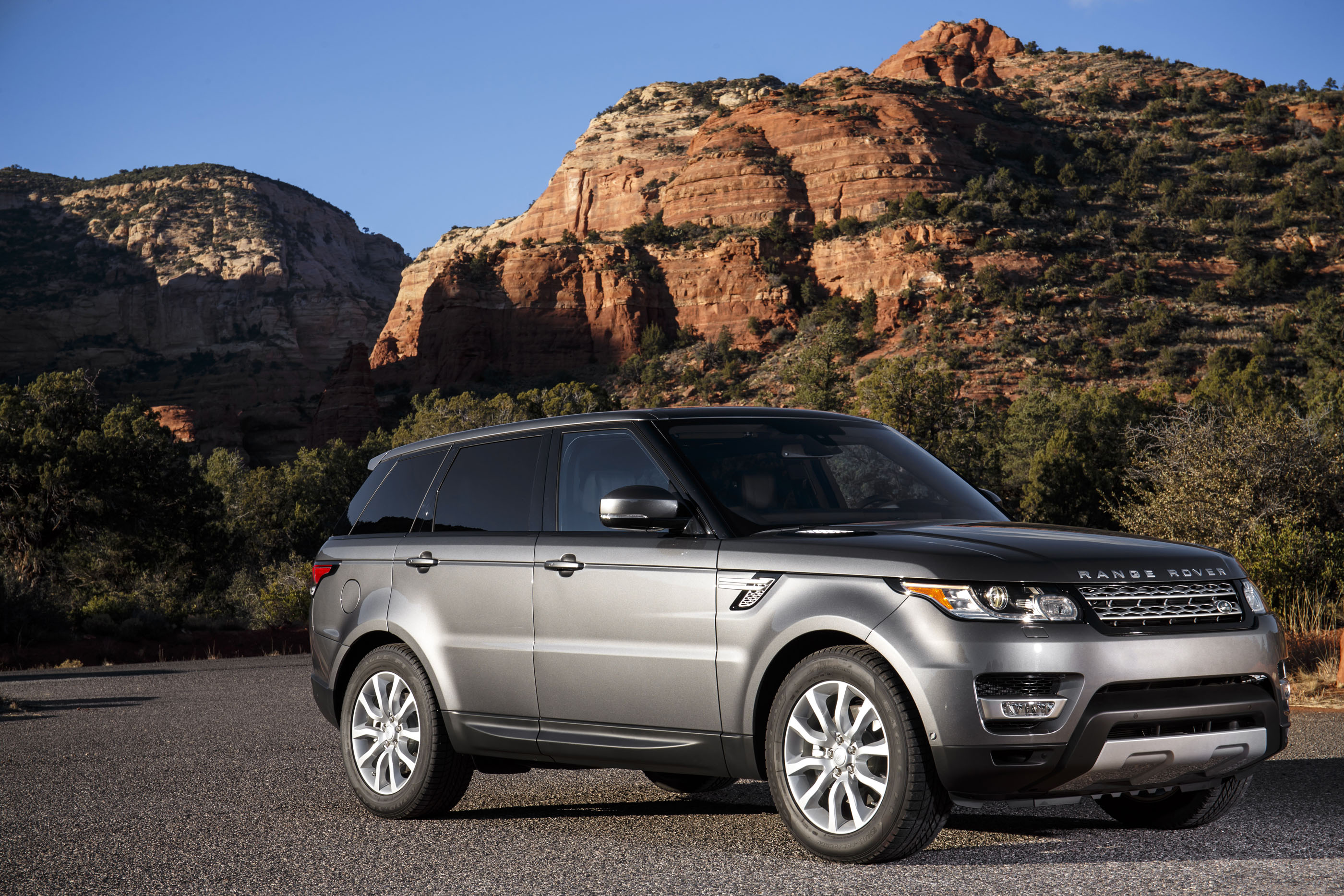 2017 land rover range rover sport review ratings specs prices and photos the car connection. Black Bedroom Furniture Sets. Home Design Ideas
