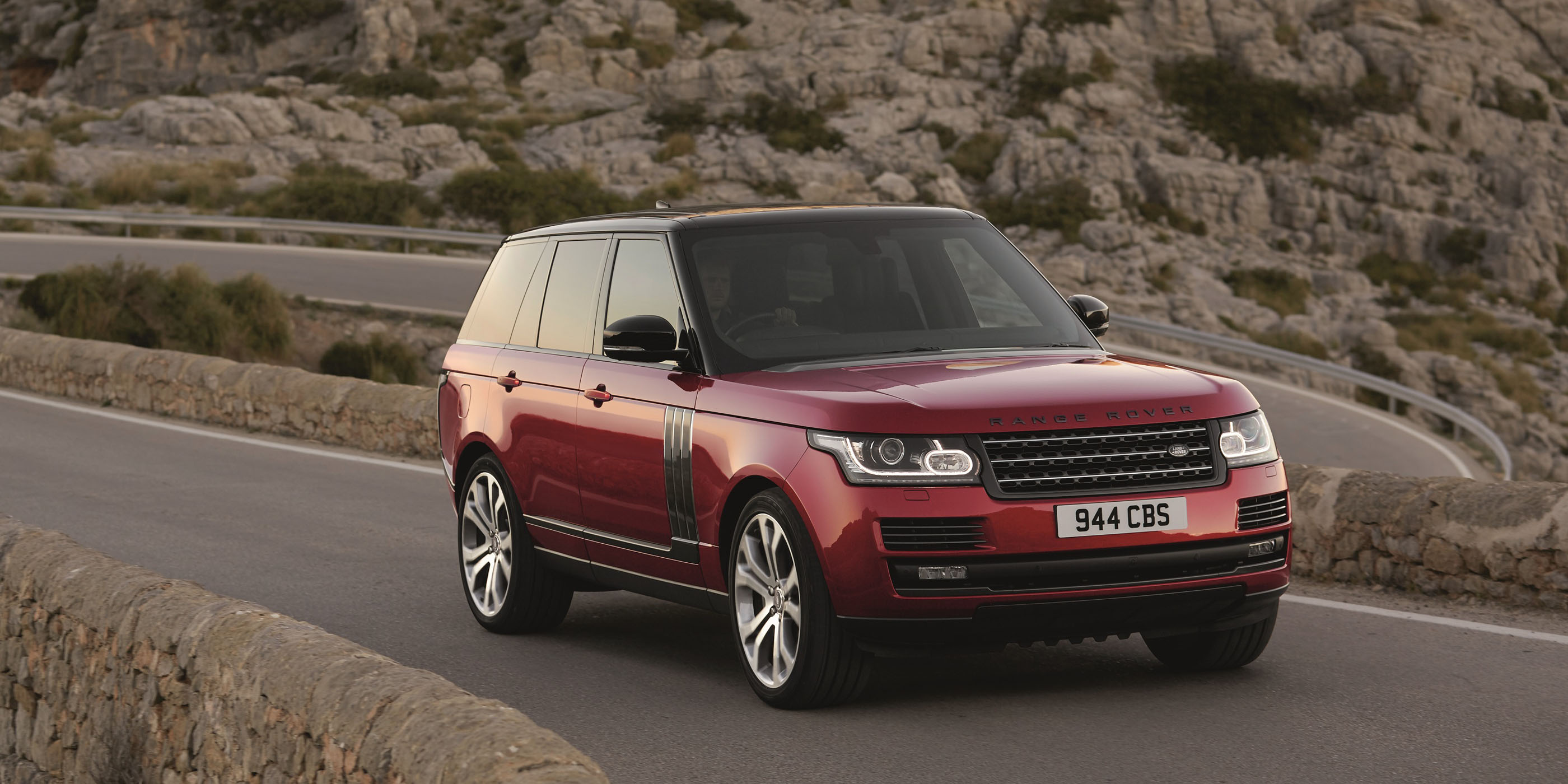 car cheap rover review reviews red front gear land evoque range top landrover