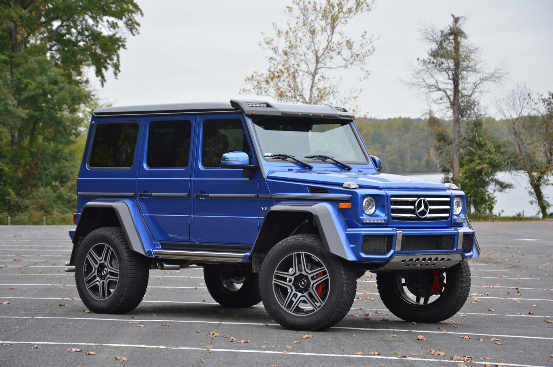 Mercedes benz g550 4x4 squared review top tax bracket bruiser for Mercedes benz 4x4 2017