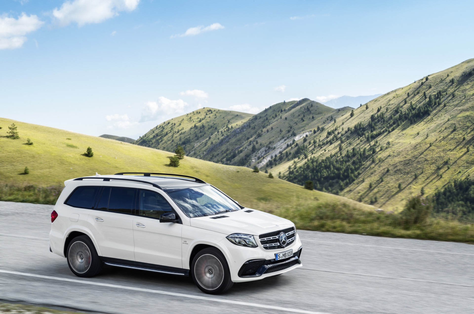 2017 Mercedes Benz Gls Cl Review Ratings Specs Prices And Photos The Car Connection