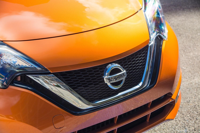 Tesla Autopilot Statistics Renewable Energy Growth 2017 Nissan Versa Note Today S Car News