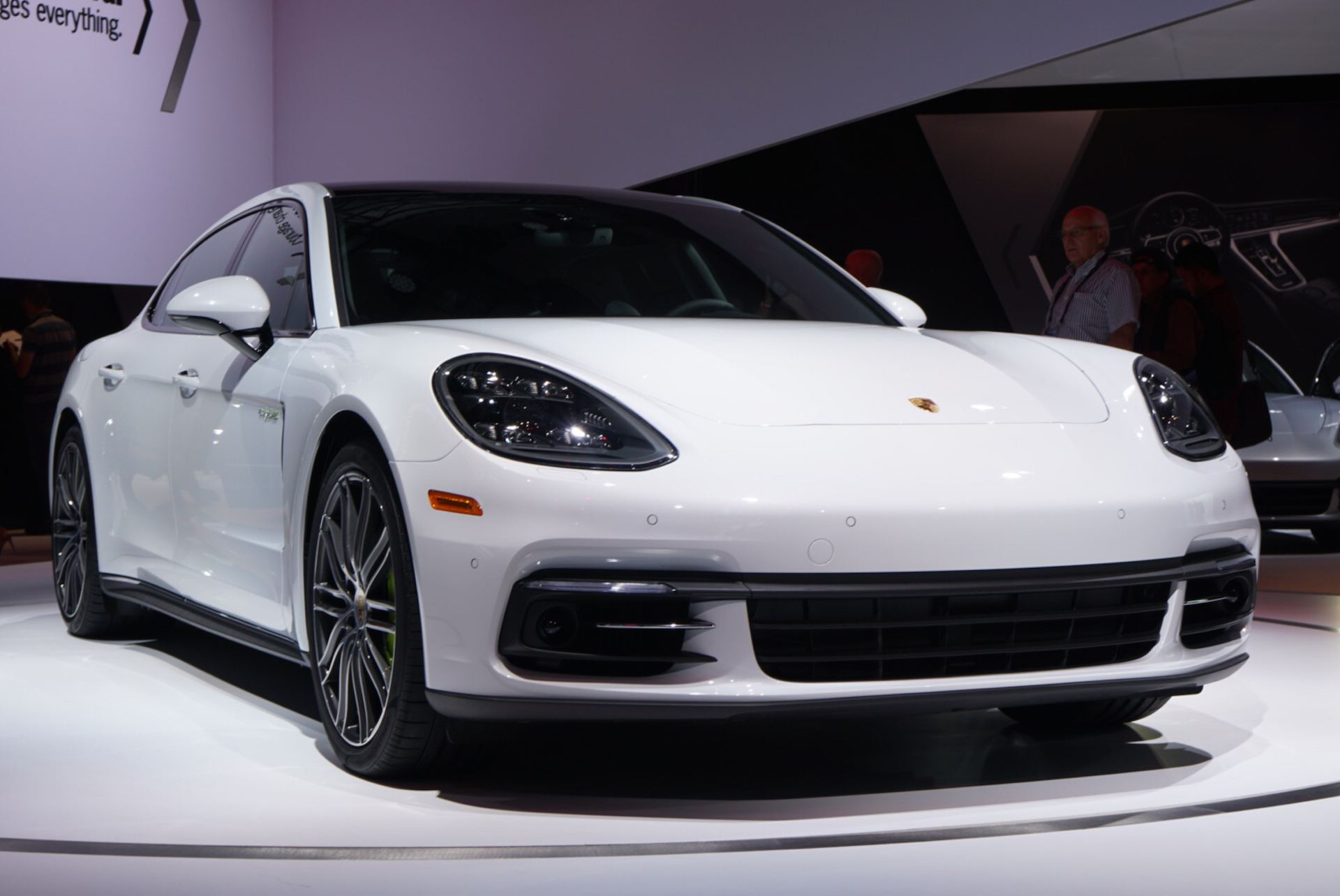 Porsche Panamera 4S >> Porsche Panamera base, Executive models debut at LA auto show