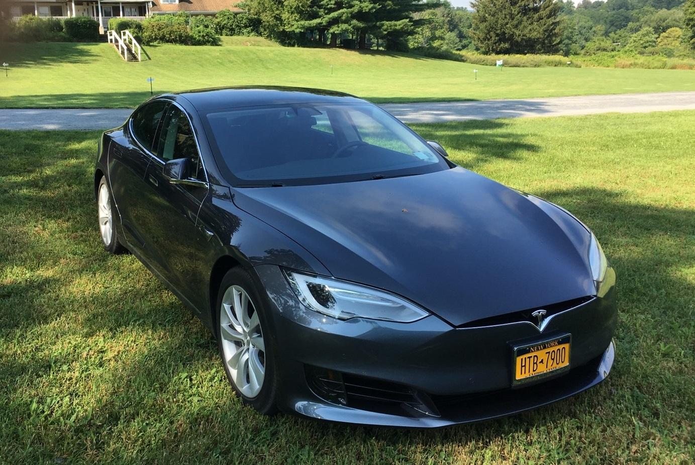 Tesla Q3-2017 deliveries: Model S, Model X strong; Model 3 ...