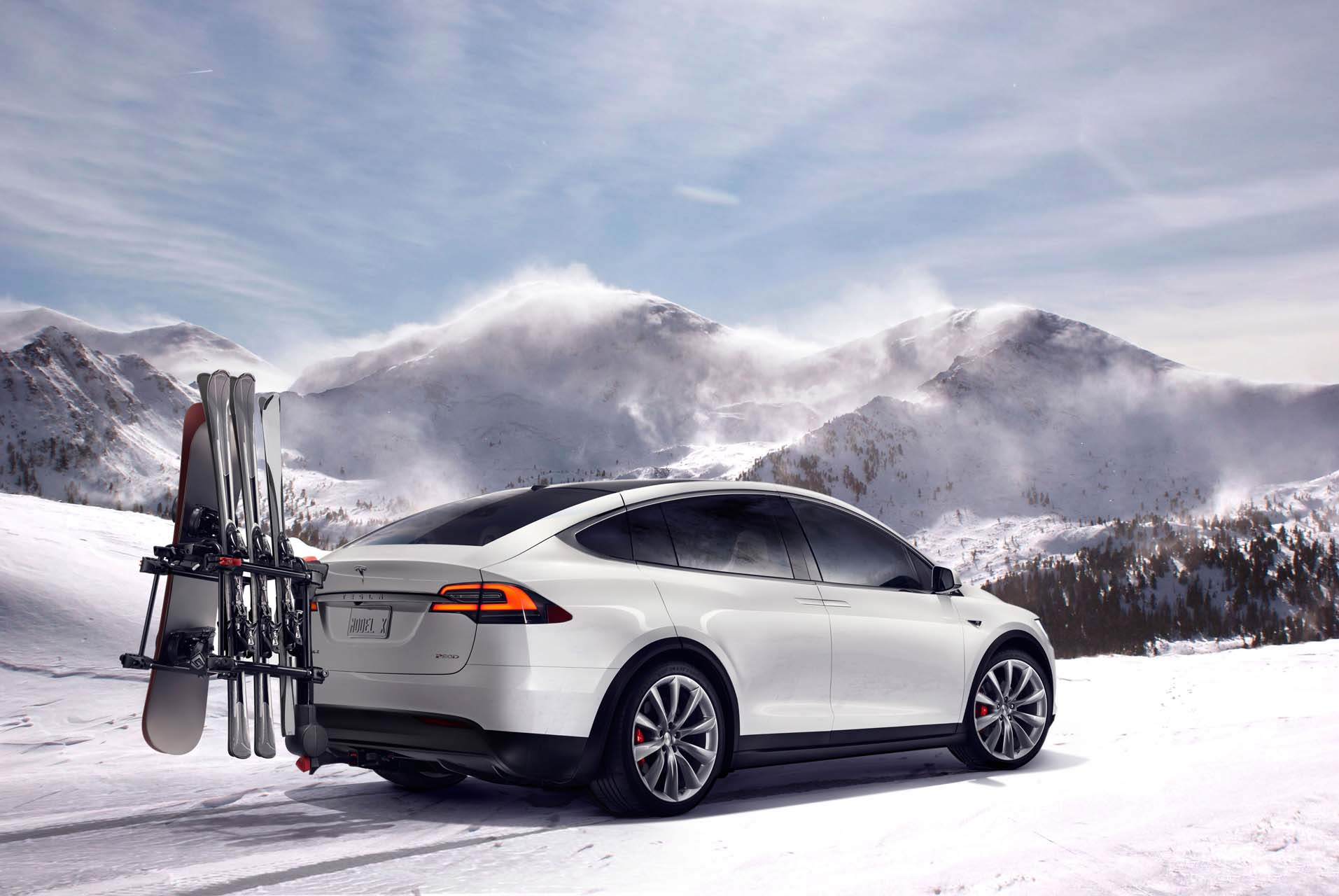 Snow set: The best plug-in hybrids and EVs for winter driving